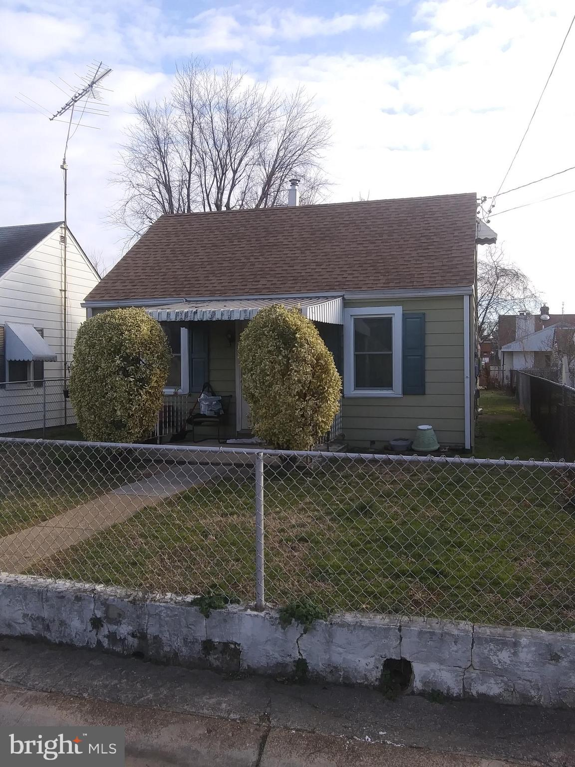 2 bed 1 bath bungalow.  Recent updates, New windows, HVAC, Hot water heater, roof and Plumbing.  Ele