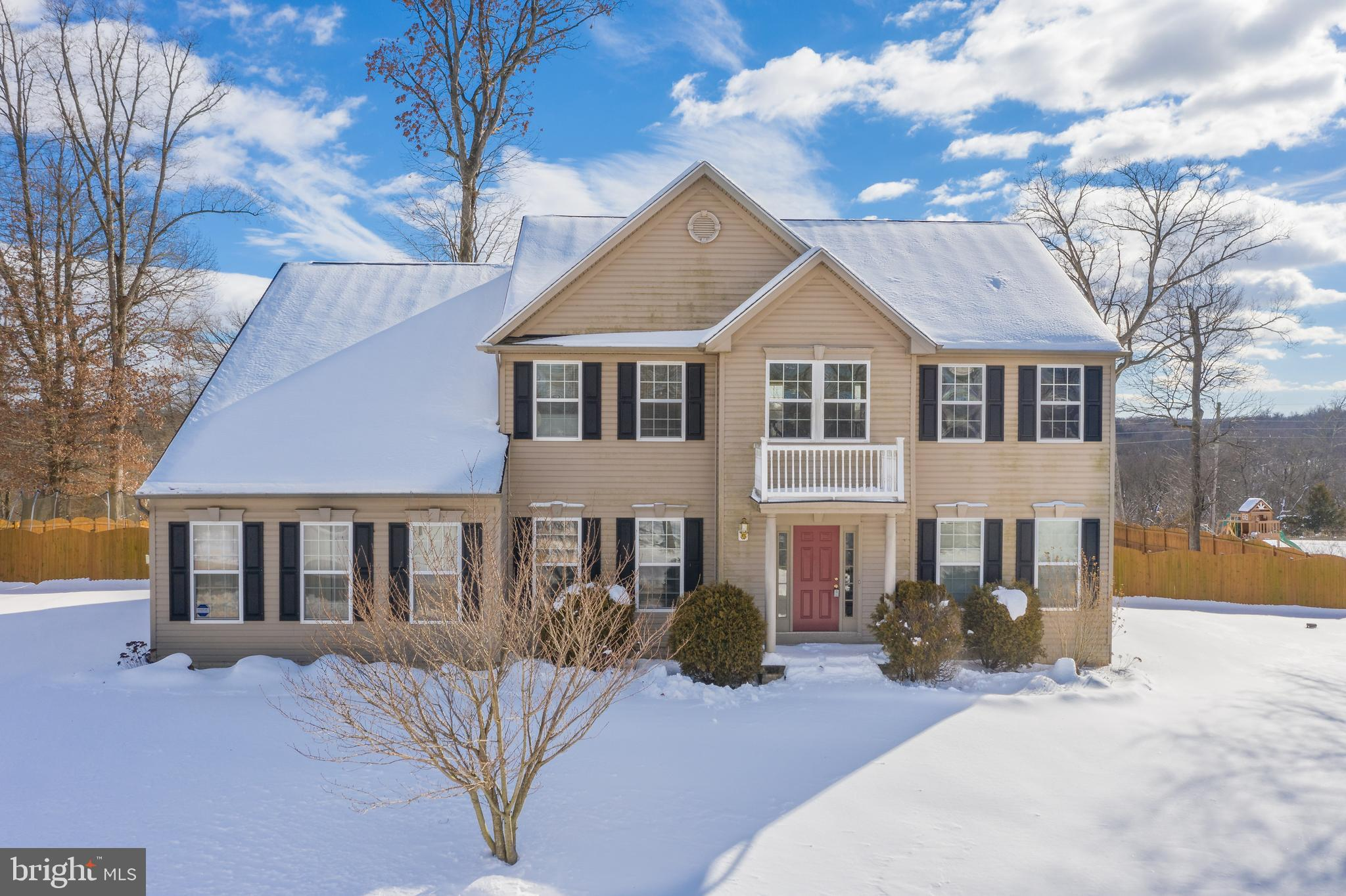 Absolutely stunning 4BD, 2.5BA colonial in prestigious Riverside Subdivision offering Potomac River