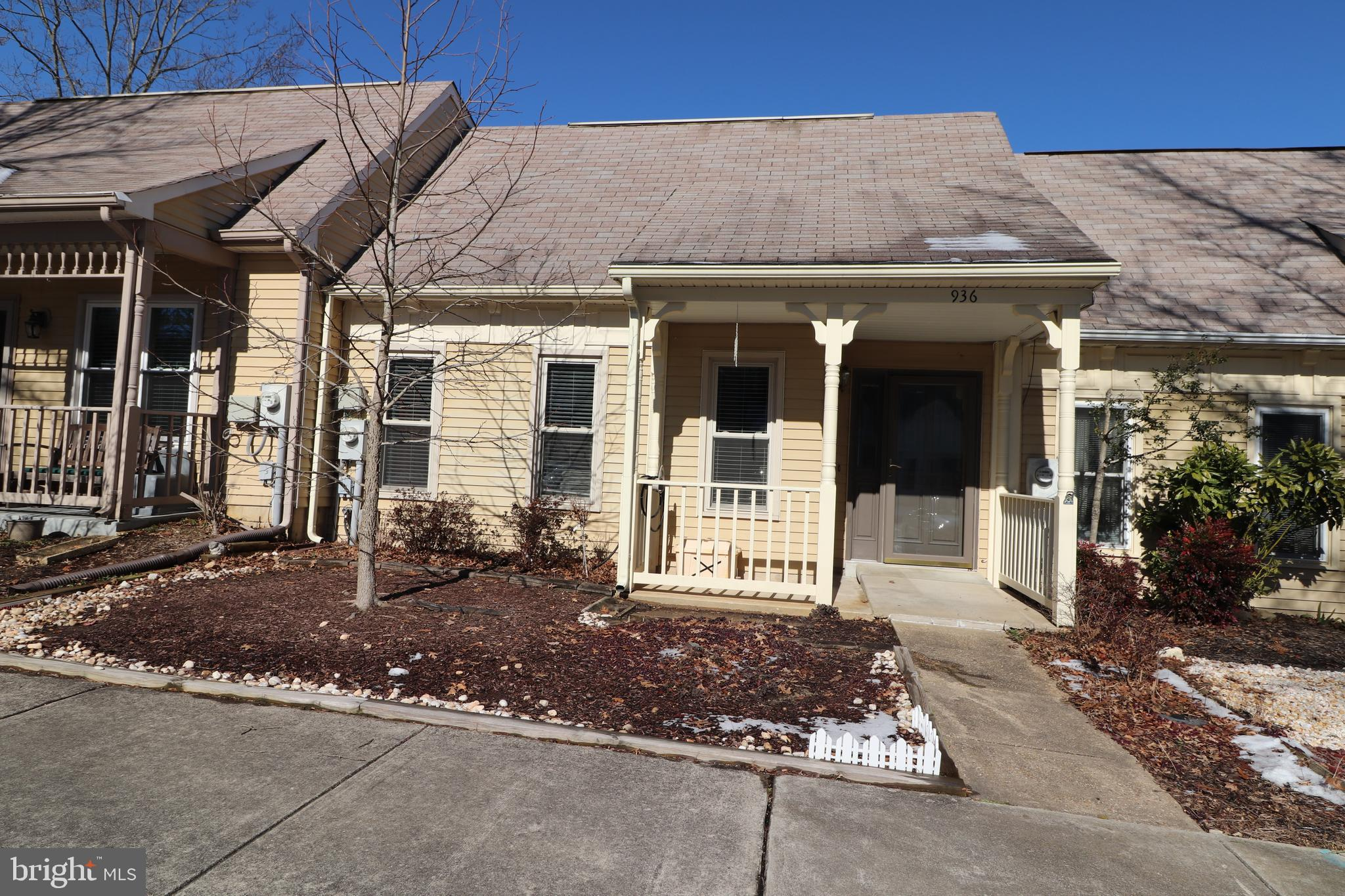 Great location for this villa style townhouse. one level living, and close to the Heritage Harbour Community Center. Covered front porch, and access to the private deck from both bedrooms. Kitchen is open to the living room, a one of a kind feature. This active adult (55+ years) neighborhood offers community amenities include but not limited to the community center with the outdoor pool, indoor pool, meeting rooms, theatres, library, billiard room, fitness center wood shop,  pier, marina with some boat slips, the tennis court(s), and available golf memberships. One time recreation and registration fee of $2,075 paid at settlement by the buyer.