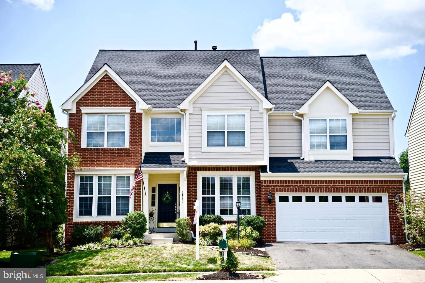 Drees Home Walden Model in Gated Golf Course Community Piedmont! Close to I66, Route 29, Commuter Pa