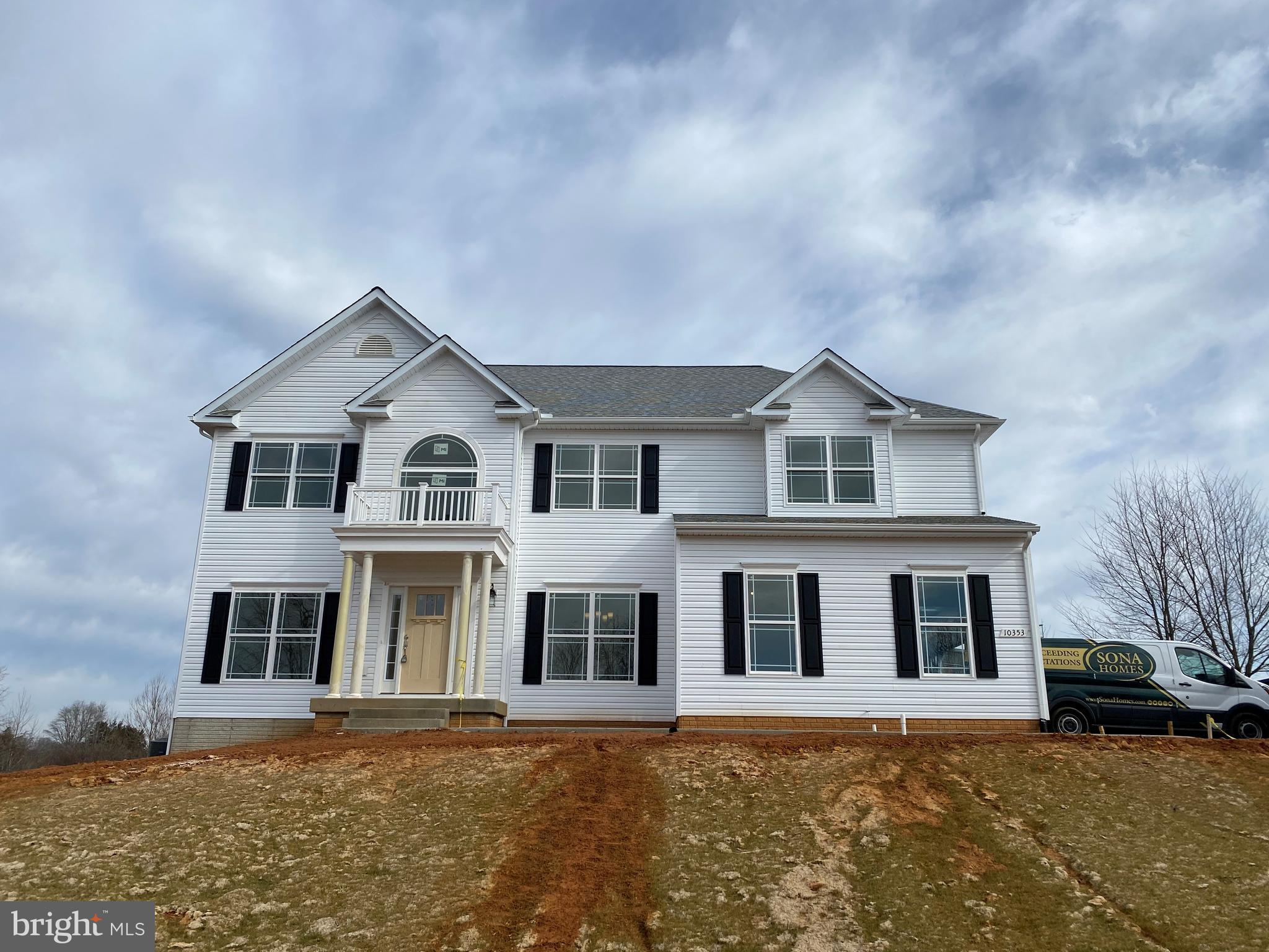 LOCATED RIGHT OF ROUTE 29 IN CULPEPER! NEW HOME CONSTRUCTION WITH INCLUDES OAK STAIR CASE, PORTICO PORCH, GRANITE KITCHEN COUNTERTOPS, LOCATION IS MINUTES AWAY FROM THE TOWN OF CULPEPER, BULLNOSE DRYWALL CORNERS, CROWN AND CHAIR MOLDING IN DINING ROOM, SECOND FLOOR LAUNDRY ROOM,  NINE FOOT CEILINGS ON THE MAIN FLOOR, GAS FIREPLACE, BEAUTIFUL CRAFTSMAN EXTERIOR,  DOUBLE PAINED ARGON WINDOWS, AND FINISHED RECREATION ROOM AND BATHROOM. NEW HOME THAT COMES WITH 2-10 WARRANTY. SELLER TO PROVIDE $5000 OFF CLOSING COST WHEN USING A PREFERRED LENDER!