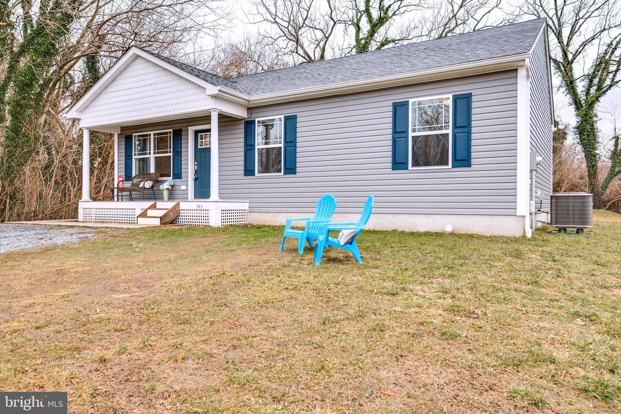 Charming 3 Year Old Rancher with great Hillside Location in Centreville.  Walk to Parks, Coffee Shop