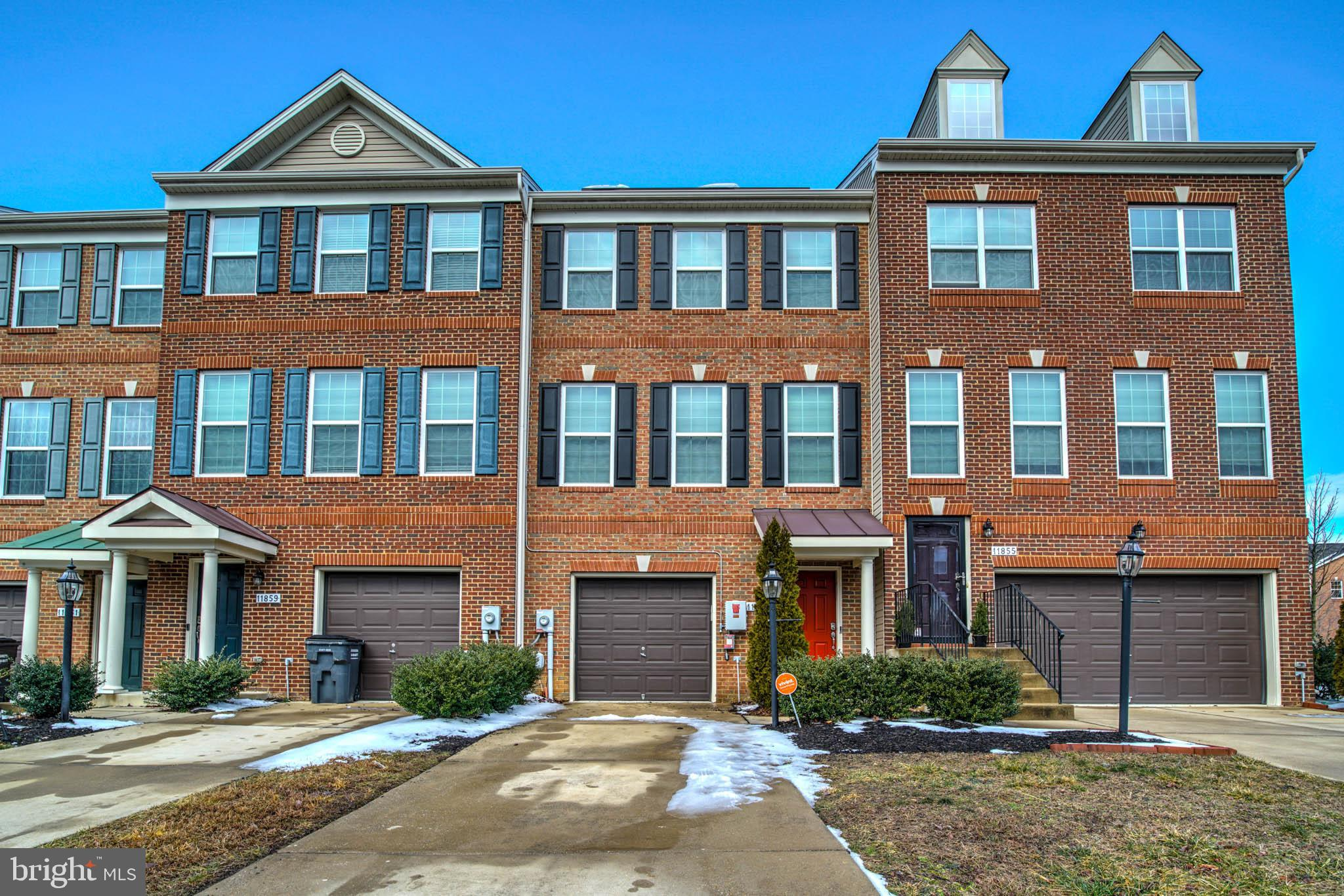 This well kept home is close to shopping and commute to DC and Dahlgren. Zoned for St Charles  High