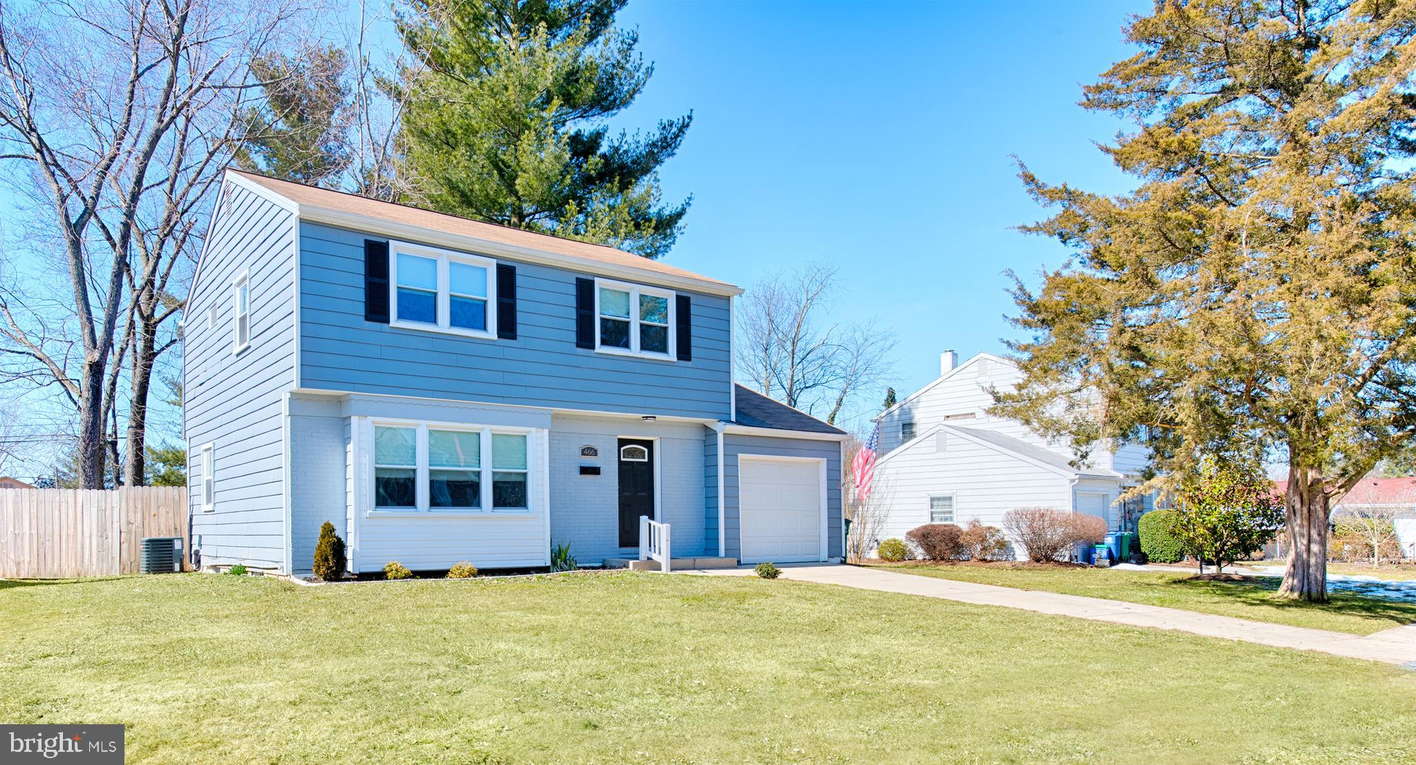Pristine, fully upgraded  3Br/2.5Bath colonial now available! Gourmet kitchen features stainless app