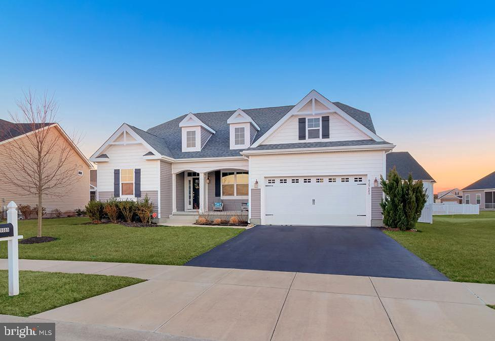 This popular Ainsley model in the community of Windstone offers 4 bedrooms and 3 full baths in a spl