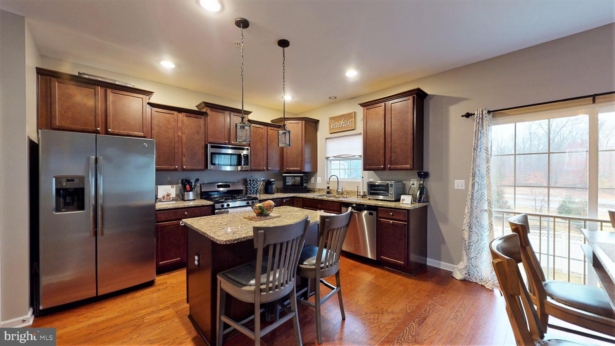 This 3 Bed, 2.5 Bath townhome in White Plains won't last long!  The first level has dual entry from
