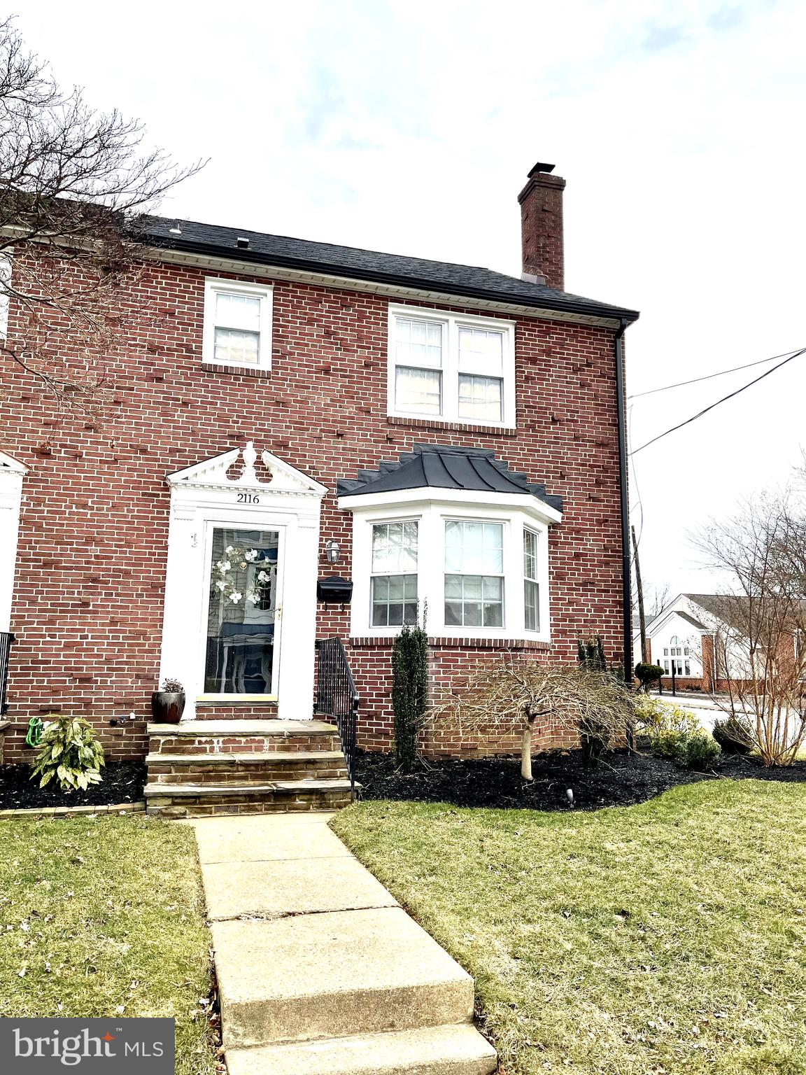 Visit this home virtually: http://www.vht.com/434139440/IDXS - Welcome to 2116 Pyle St., this stunni