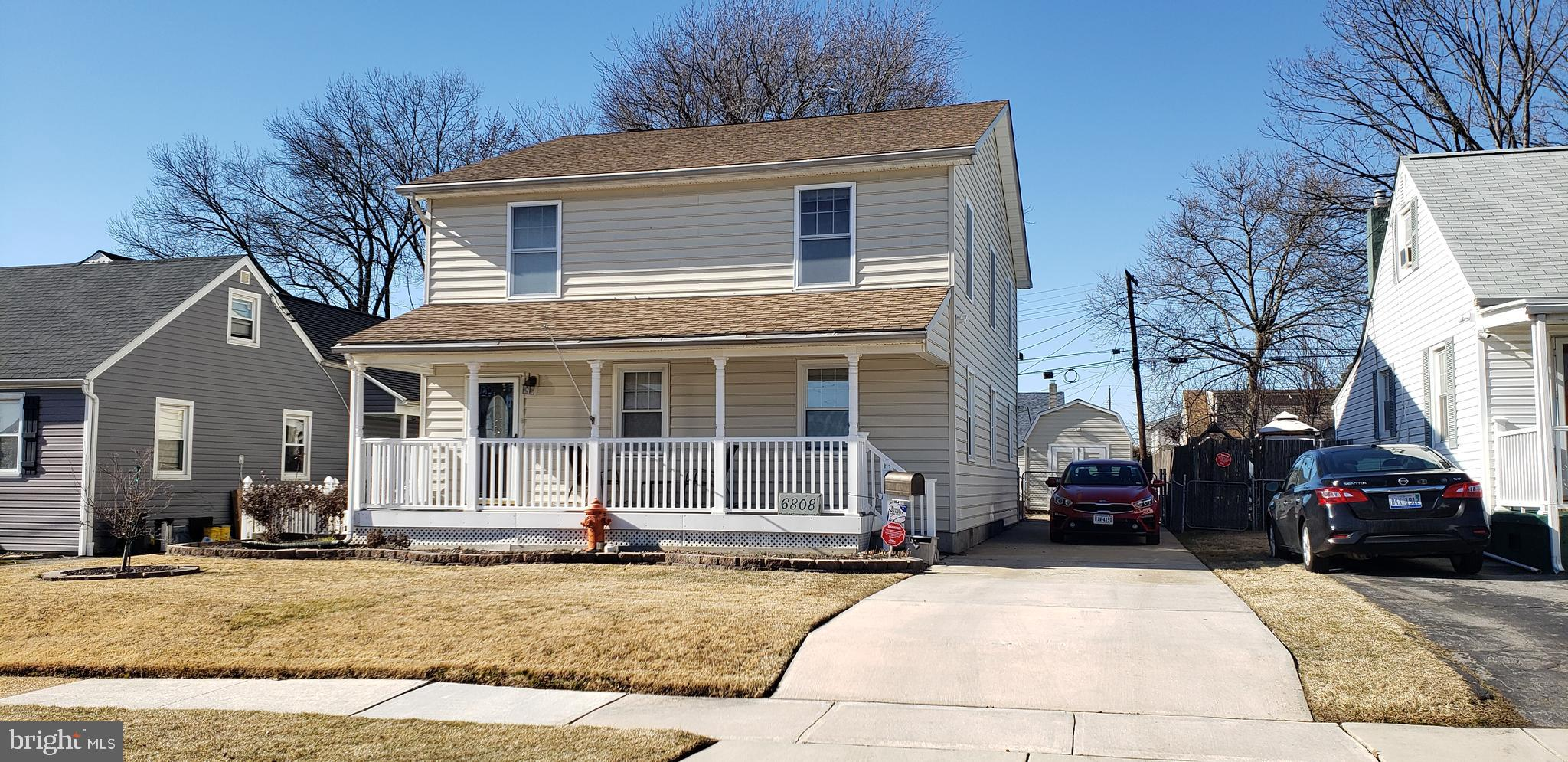 WELCOME HOME, THIS 5 BED, POSSIBLY 6, 3 FULL BATH HOME IS WAITING FOR YOU.  ALL THE EXTRAS ARE HERE,