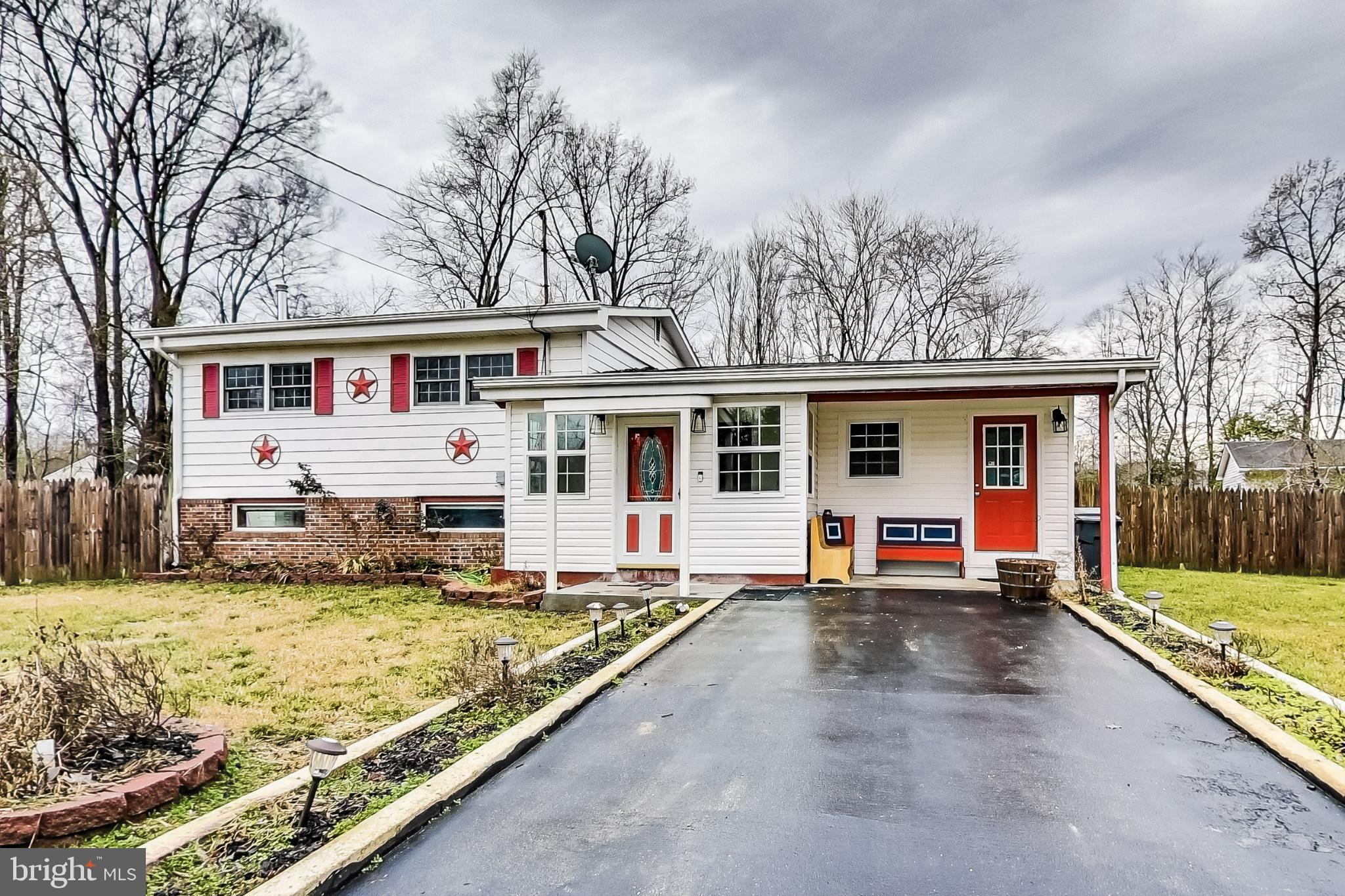Cozy single family home located on a corner lot is a must see. This home features 4 bedrooms, 3.5 ba