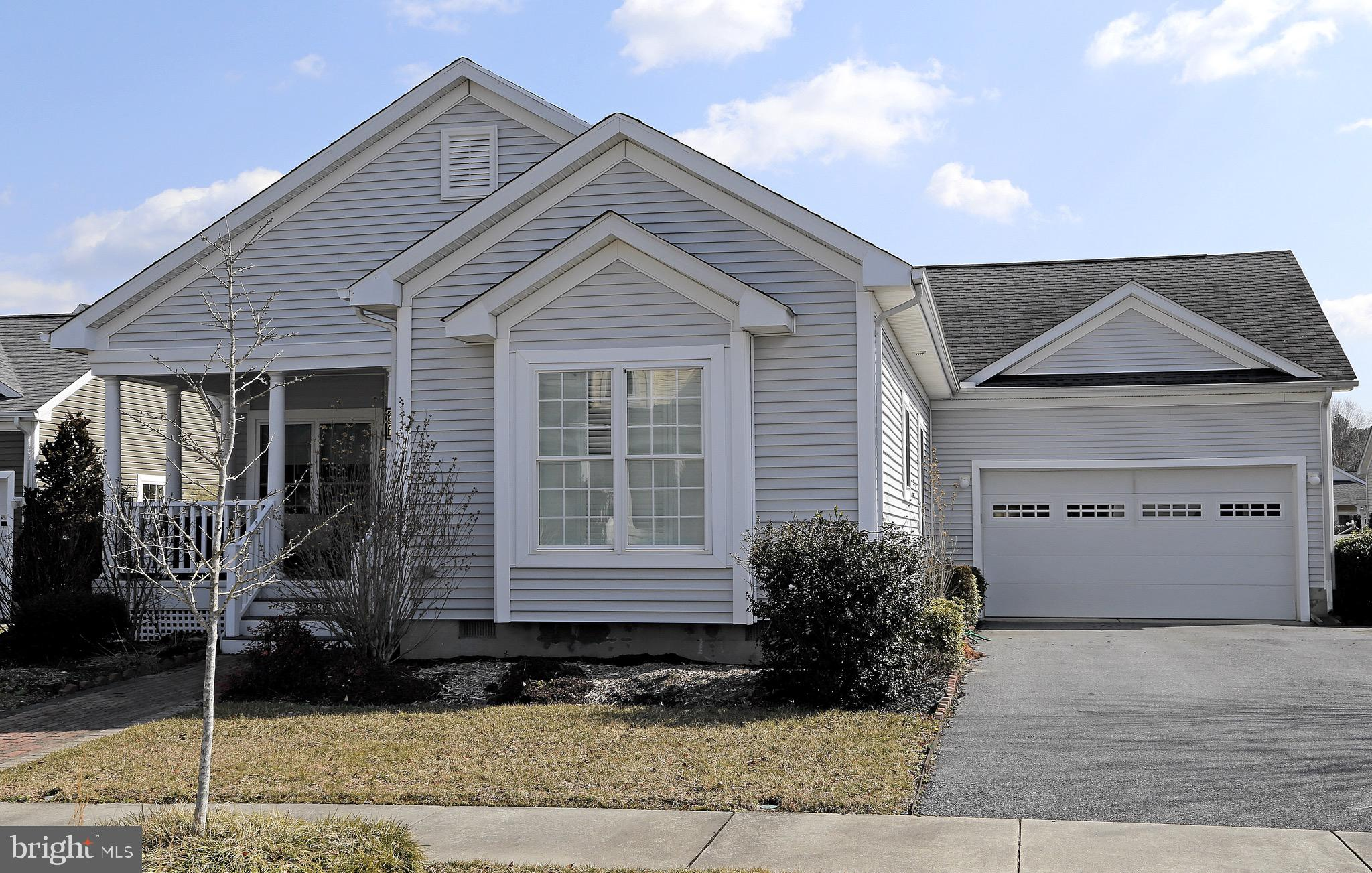 Ready to move in excellent condition house with attached a 2 car garage.  Easy and relaxed living in