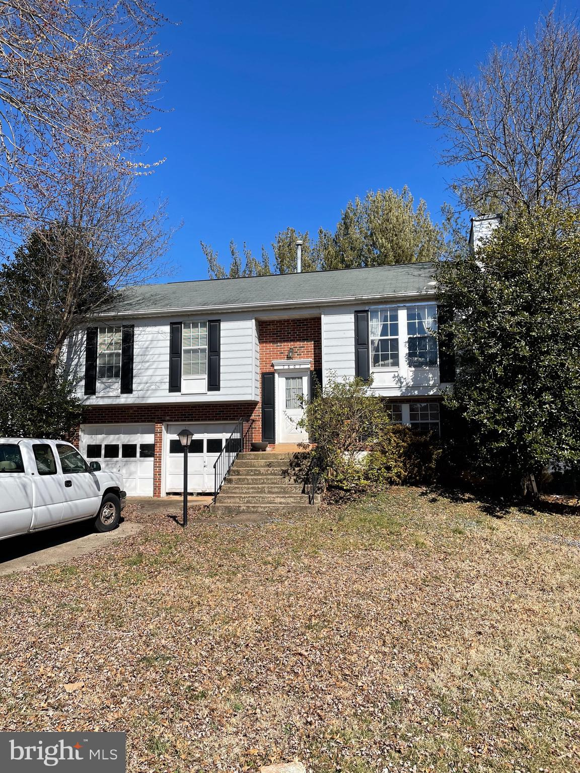 NO HOA!!!  Under 400K! Located in the nice and quiet neighborhood of Sudley Manor!   House needs som