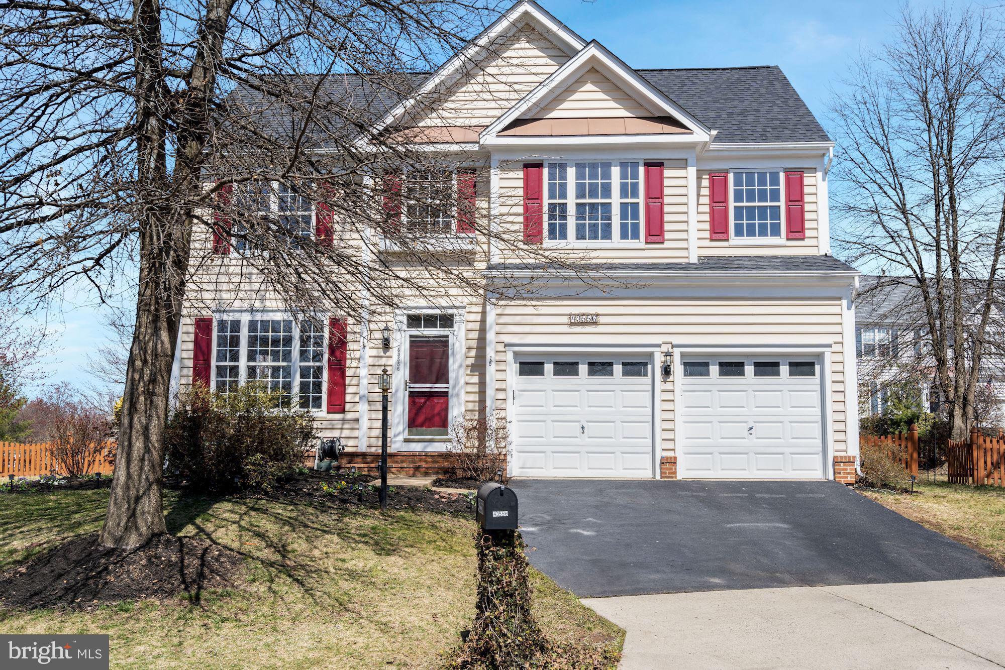 OPEN HOUSE:  Friday, March 26th 5-7pm and Saturday, March 27th Noon-3pm: This is the house you've been waiting for in Ashburn!  LOCATION is excellent- corner lot on a cul-de-sac and  NO outlet street! New Kitchen with granite counter tops & subway tile backsplash, new cabinets, stainless steel appliances* New Hardwood flooring*Updated Master Bathroom* New Lighting* Updated powder-room*Over 3000 square feet of finished  living space*Large corner lot on a cul de sac in Ashburn within the Ashriar Community*Fenced Back yard*Privacy surrounds this house* Relax on the Large Deck or Screened-in Porch off of the sunroom*Beautifully landscaped*NEWER roof*NEWER Carrier HVAC**NEWER Hot Water Heater (2018)*Fully finished lower level with a potential 4th bedroom or office*Full bath on lower level*Sky lights and vaulted ceiling in the Breakfast/Family room area. Ashbriar is a community nested in Ashburn that is  sought after with this amazing location in this quant neighborhood*Tot lo located diagonally from property and Minnieland Academy around the corner, property is near all the amenities -walking trails surround this neighborhood  ! Minutes away from SILVER line metro*Walk to Broad Run High School*Make this house your home !