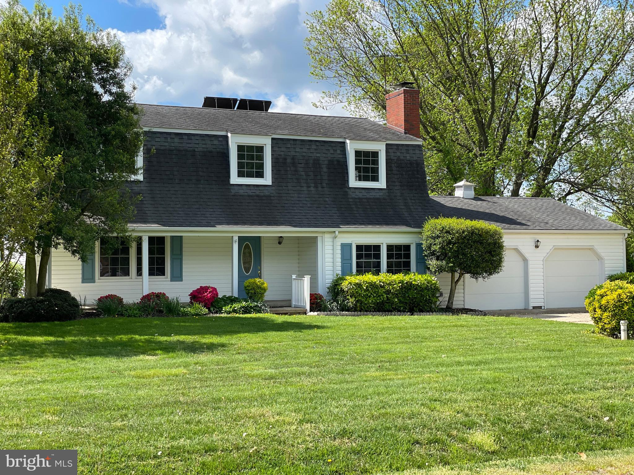 This beautiful Dutch Colonial is a convenient Eastern Shore gem.  You'll  love the easy stroll to th