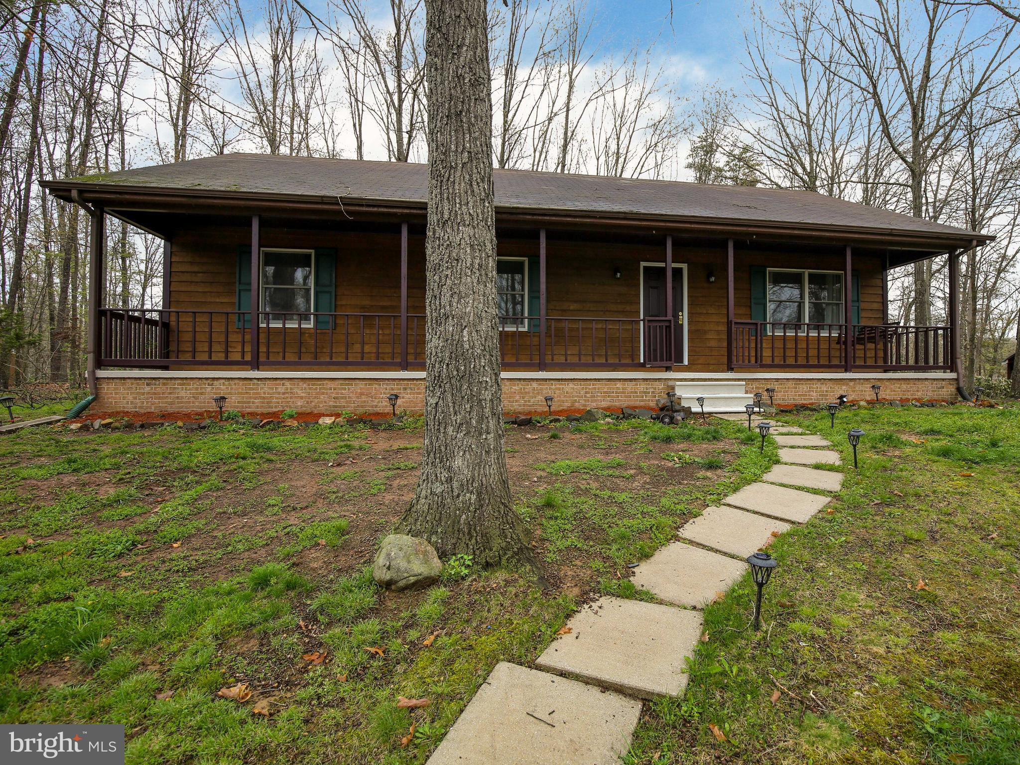 Amazing value in Lake Holiday!  Freshly painted, with mostly new floors and stainless appliances, th