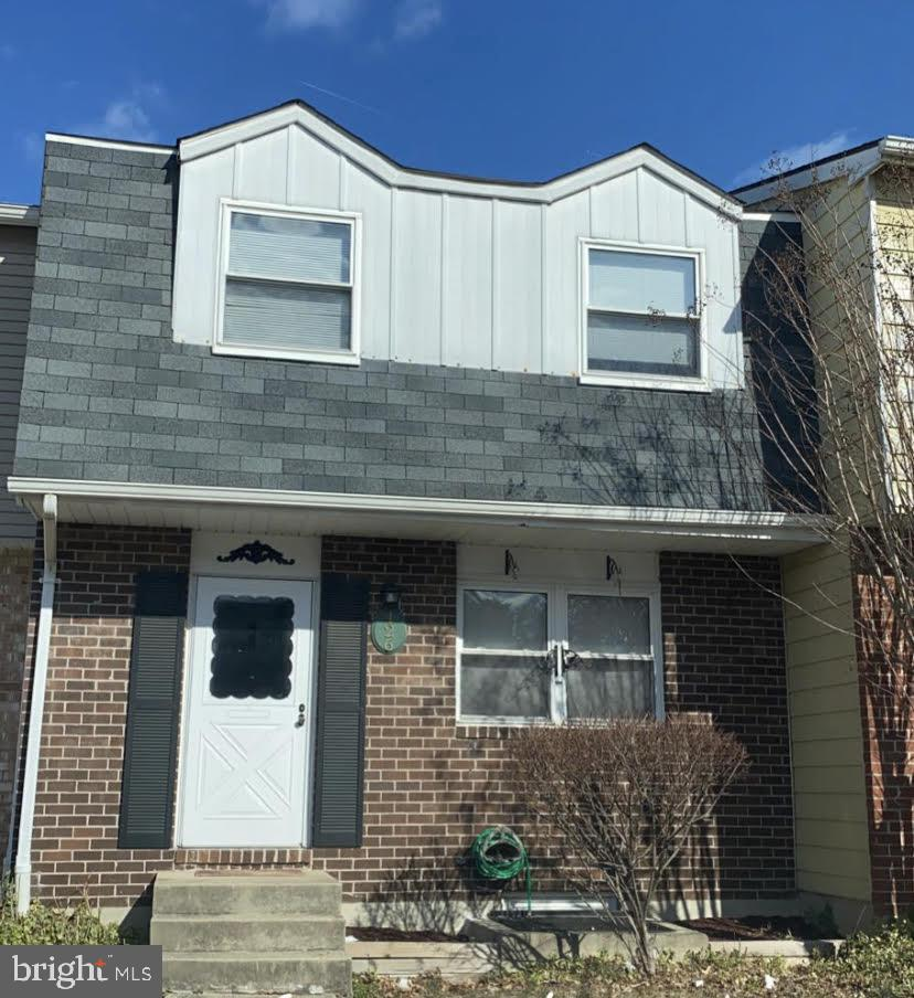 Fantastic 4 bedroom 1 1/2  bath townhouse. Freshly painted with natural grey paint. The bathrooms have been nicely updated. All hardwood floors through out. This townhouse has all you need!