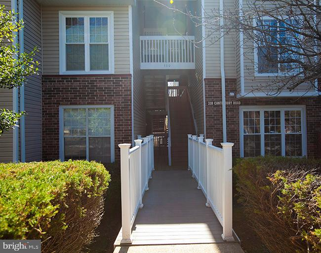 MOVE IN READY MAIN LEVEL CONDO! This 2 Bedroom, 1 Bath home is on the Main Level of the building, wi