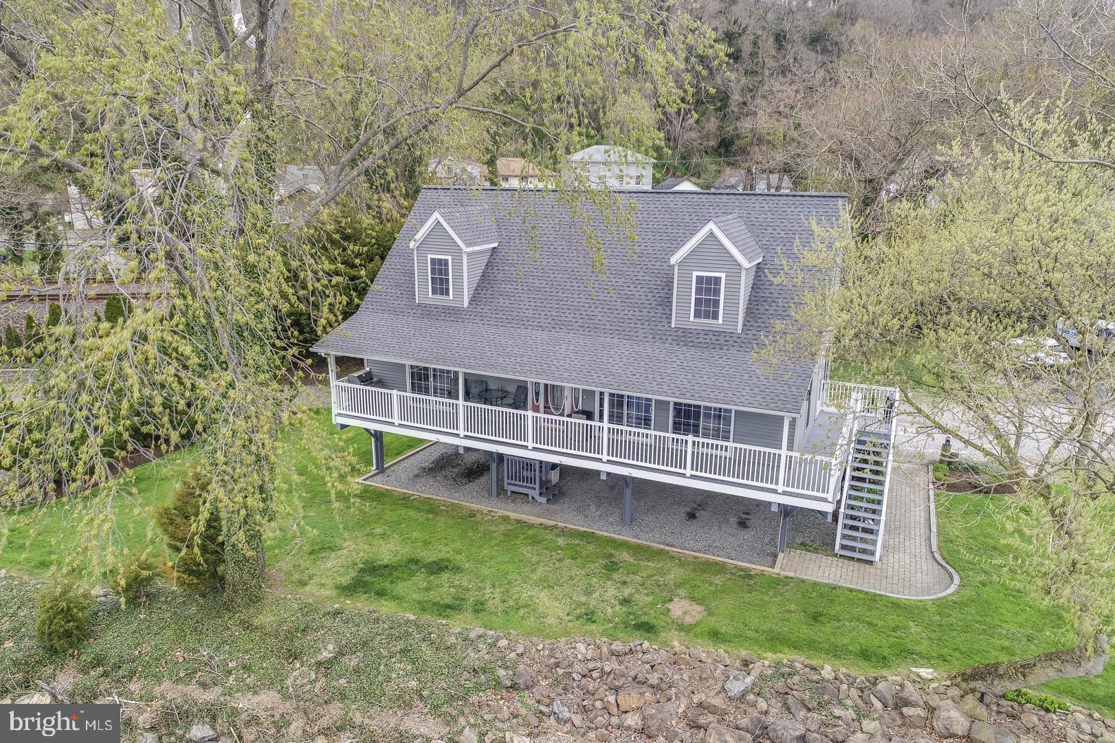 Waterfront home on the Susquehanna River with unobstructed views from virtually every room. Just a s