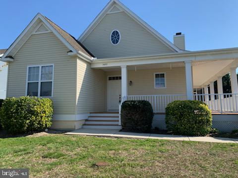 Don't miss this 3 BD / 2.5 BA single level home in Preserve at Irons Landing.  Freshly painted with