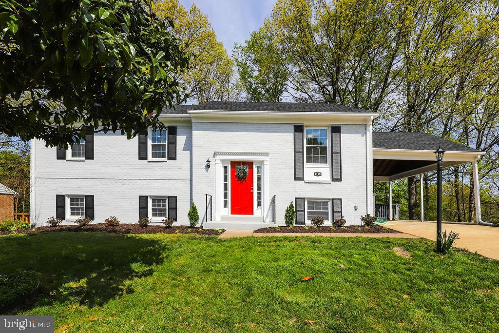 PICTURES TO FOLLOW*** WOW! This is the one you have been waiting for! This stunning renovation in Wi