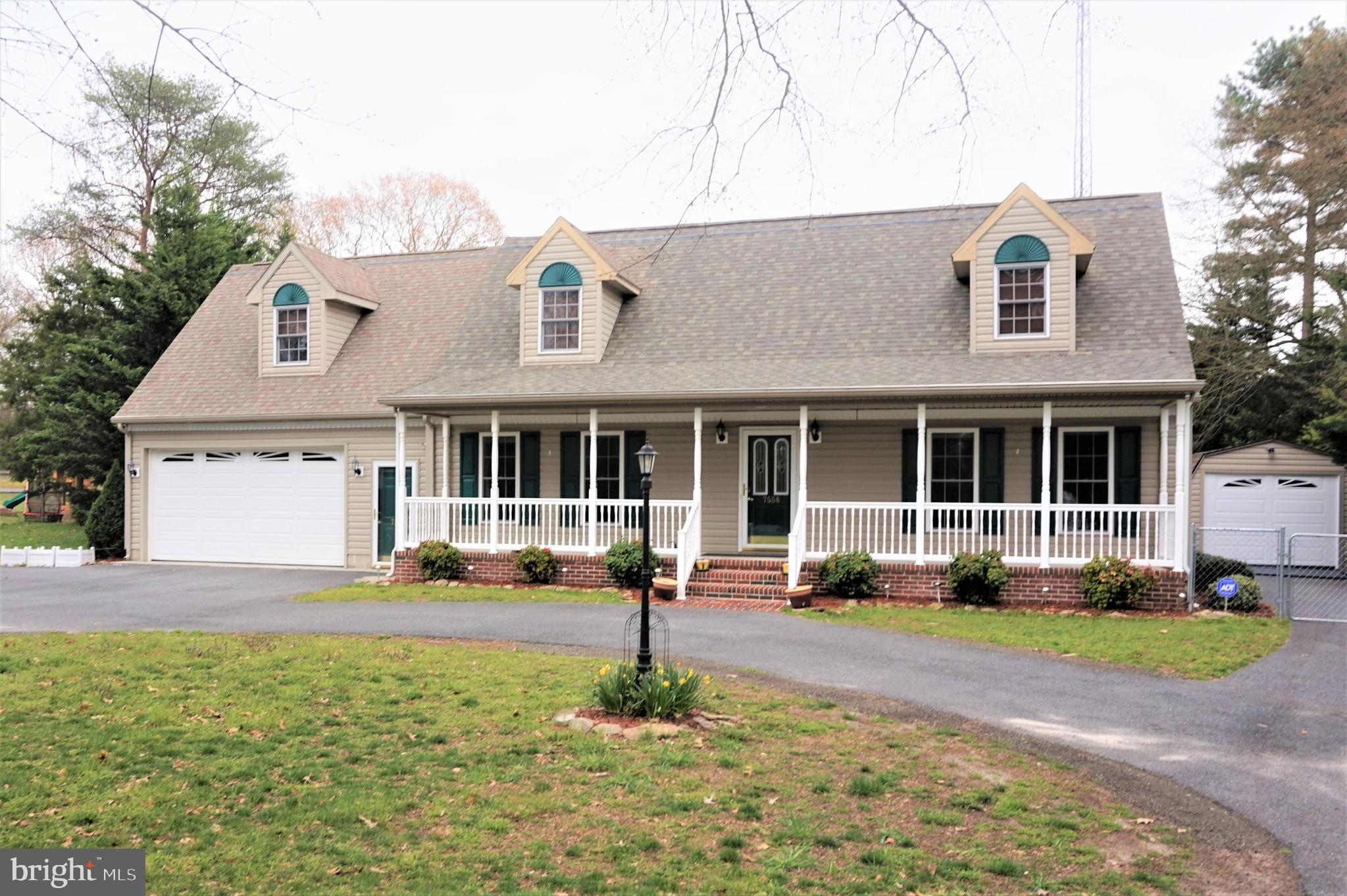 This beautiful 4- bedroom plus 5th bedroom or office space cape cod has updated bathrooms. 12 x 12 t