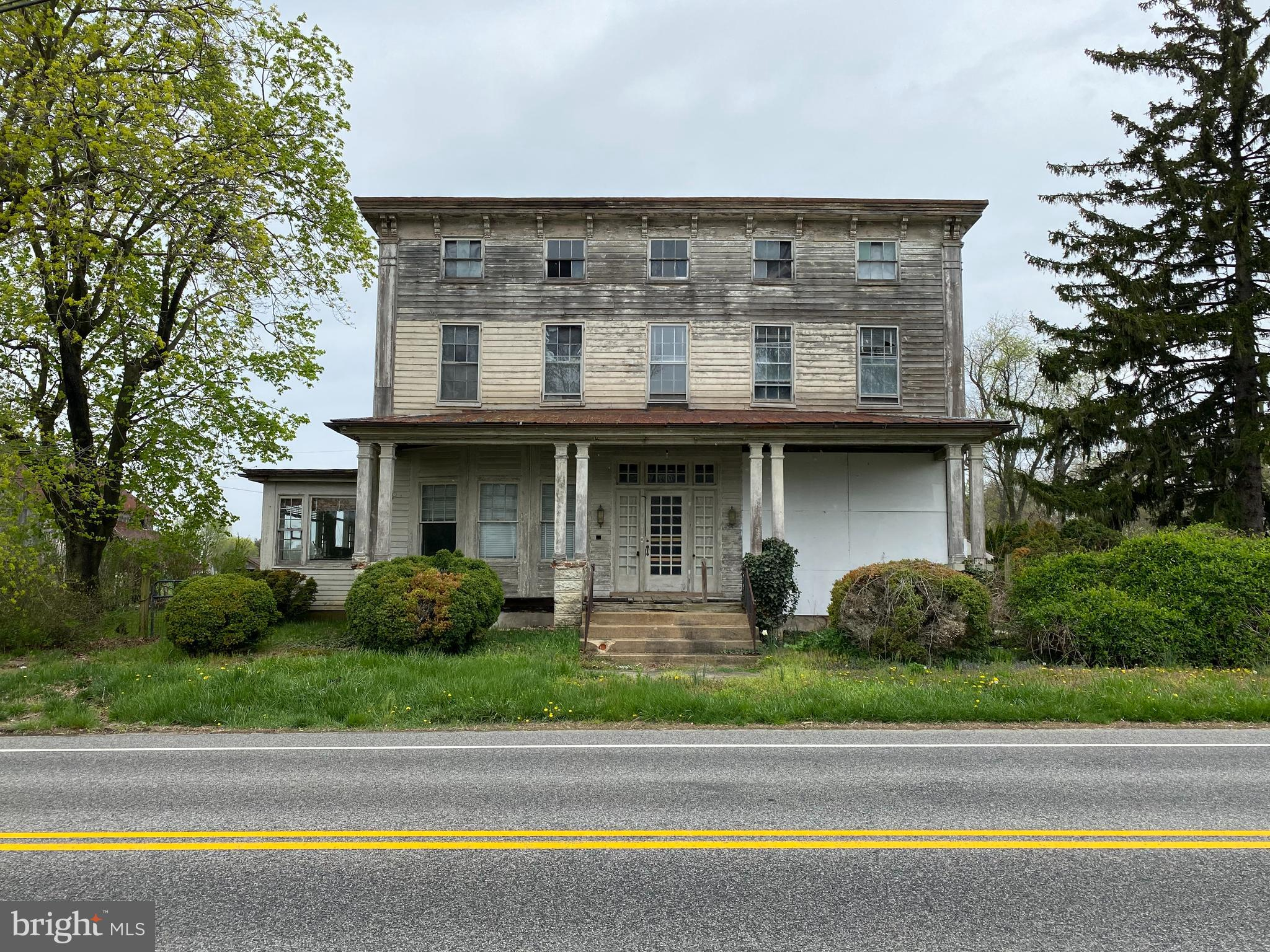 Attention investors! Here is a great chance to purchase a home that is needing a major rehabilitatio