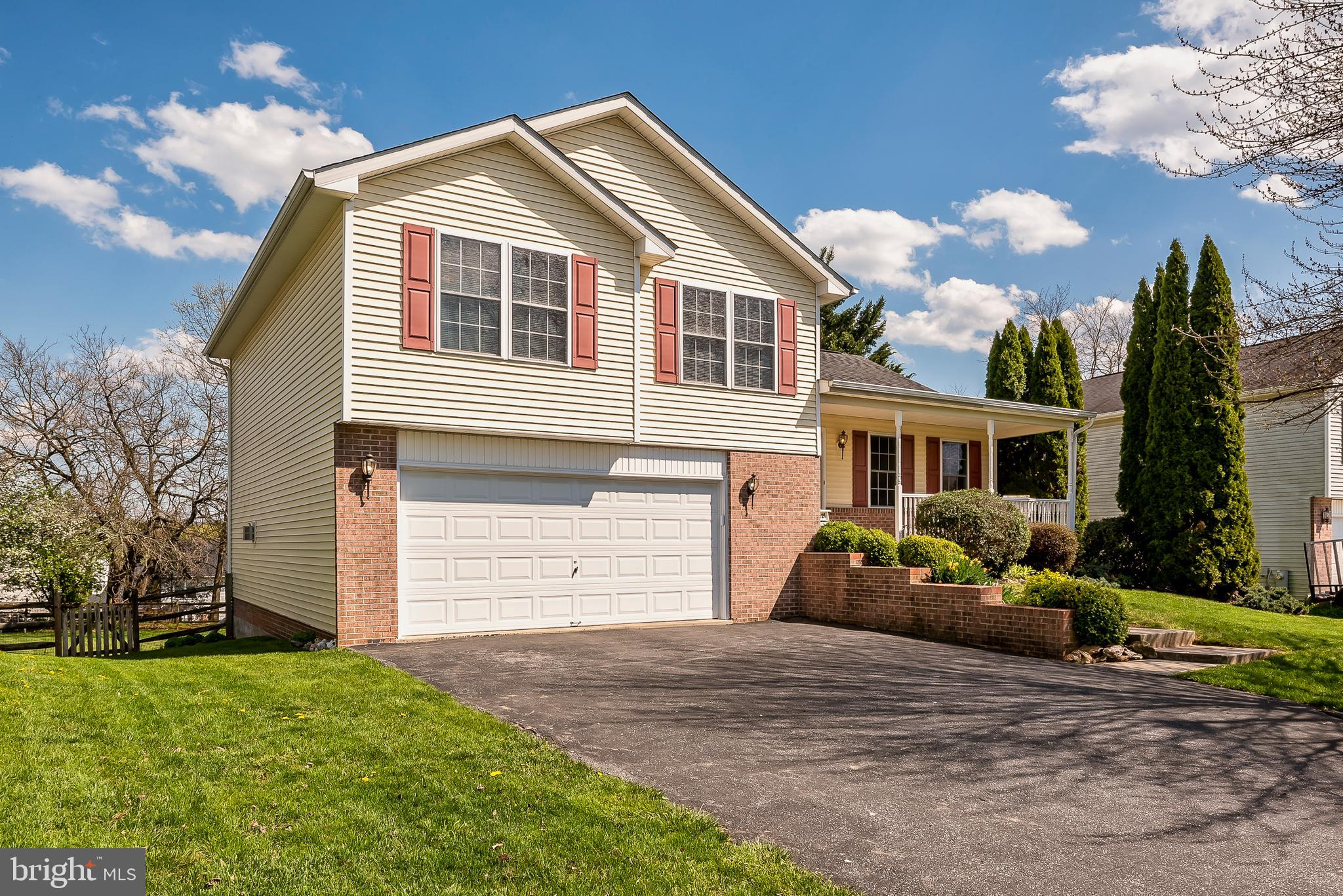 3..2..1..Get ready to fall in love with this home. Welcome to 321 Snowfall Way, located in the beaut