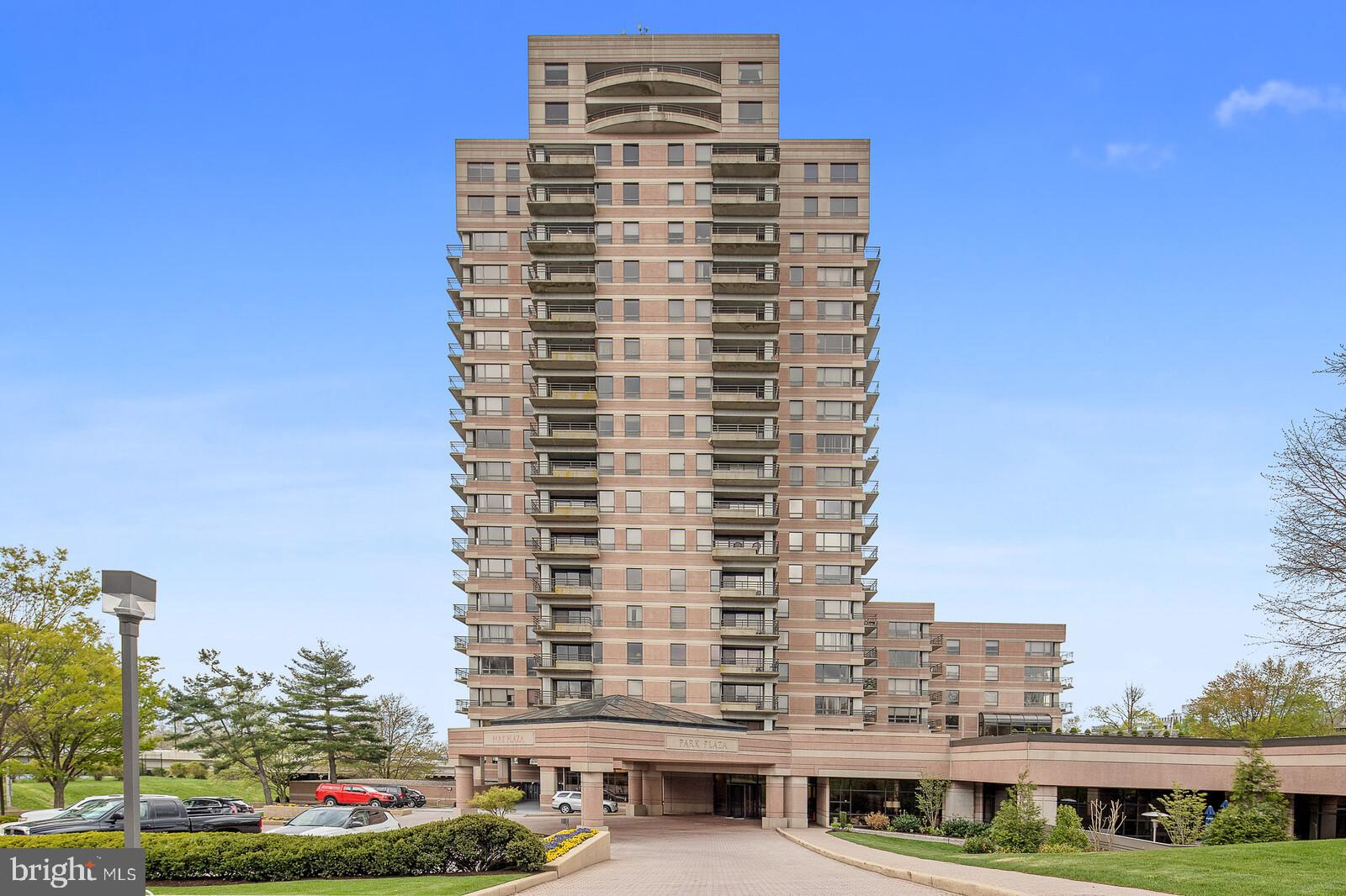 A spacious two (2) bedroom with den 1700sf residence, that's a newly renovated at Park Plaza Condomi