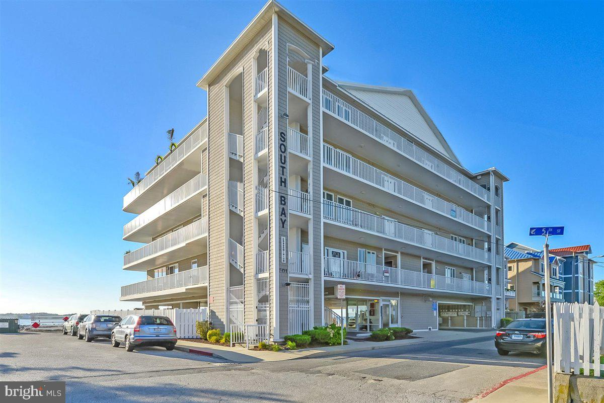 Pamper your clients with this awesome condo located directly on the Bayfront. Never miss a sunset ag