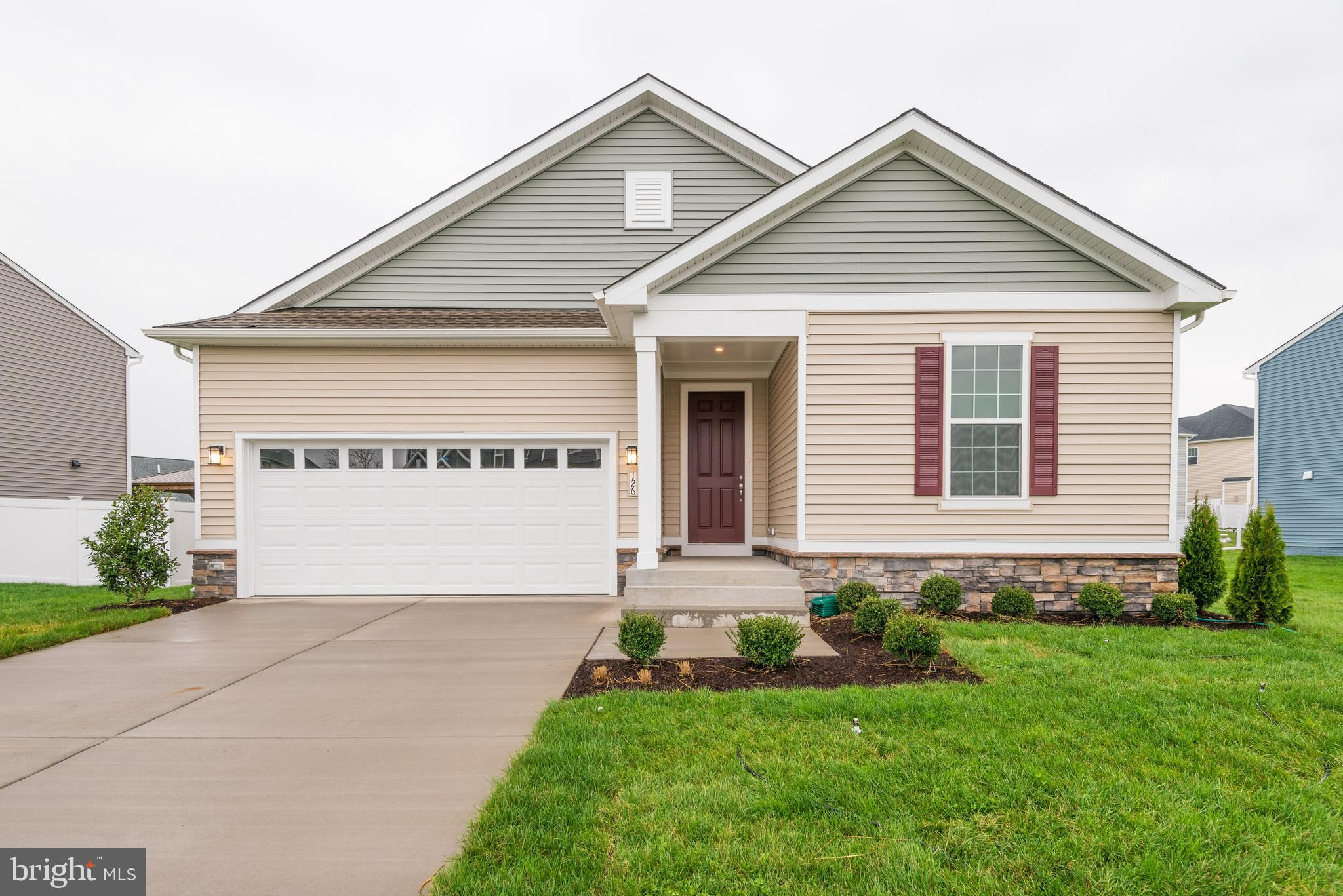 Final home for sale in prime Southern Hills community! Ready for move-in ranch home build by Richmon