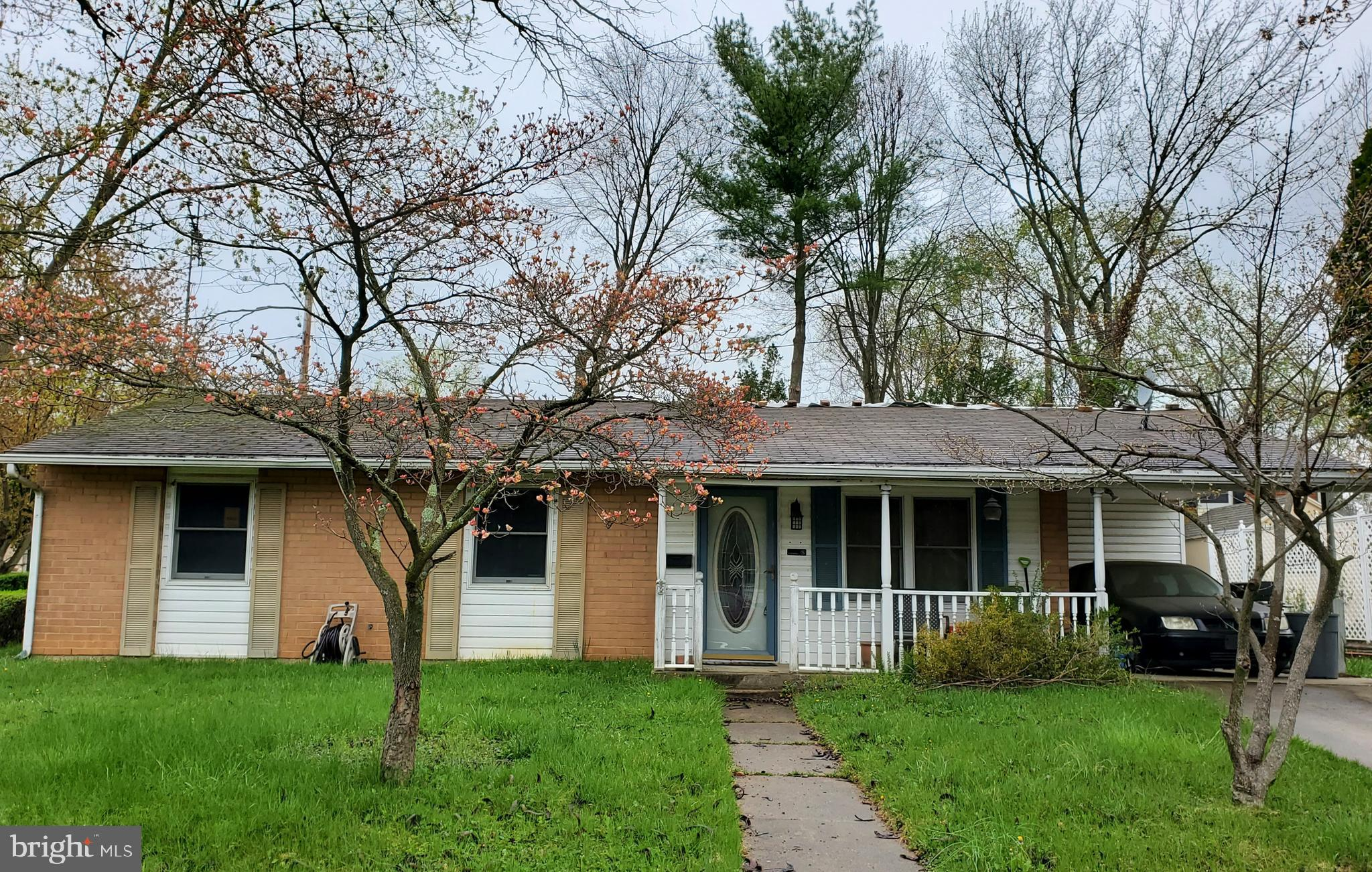 Investor and Contractor Alert! 3 Bedroom Ranch ready for Rehab, orig 1026 sq ft with addition for a