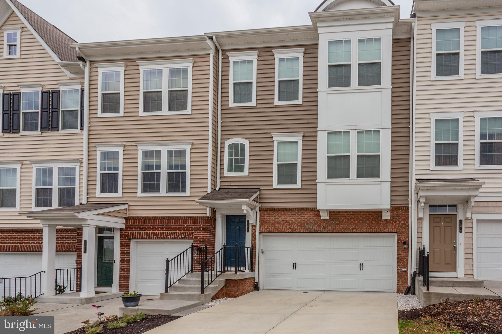 Beautiful Townhome tucked away in one of Ashburn's most ideal locations across from 124-acre Bles Pa