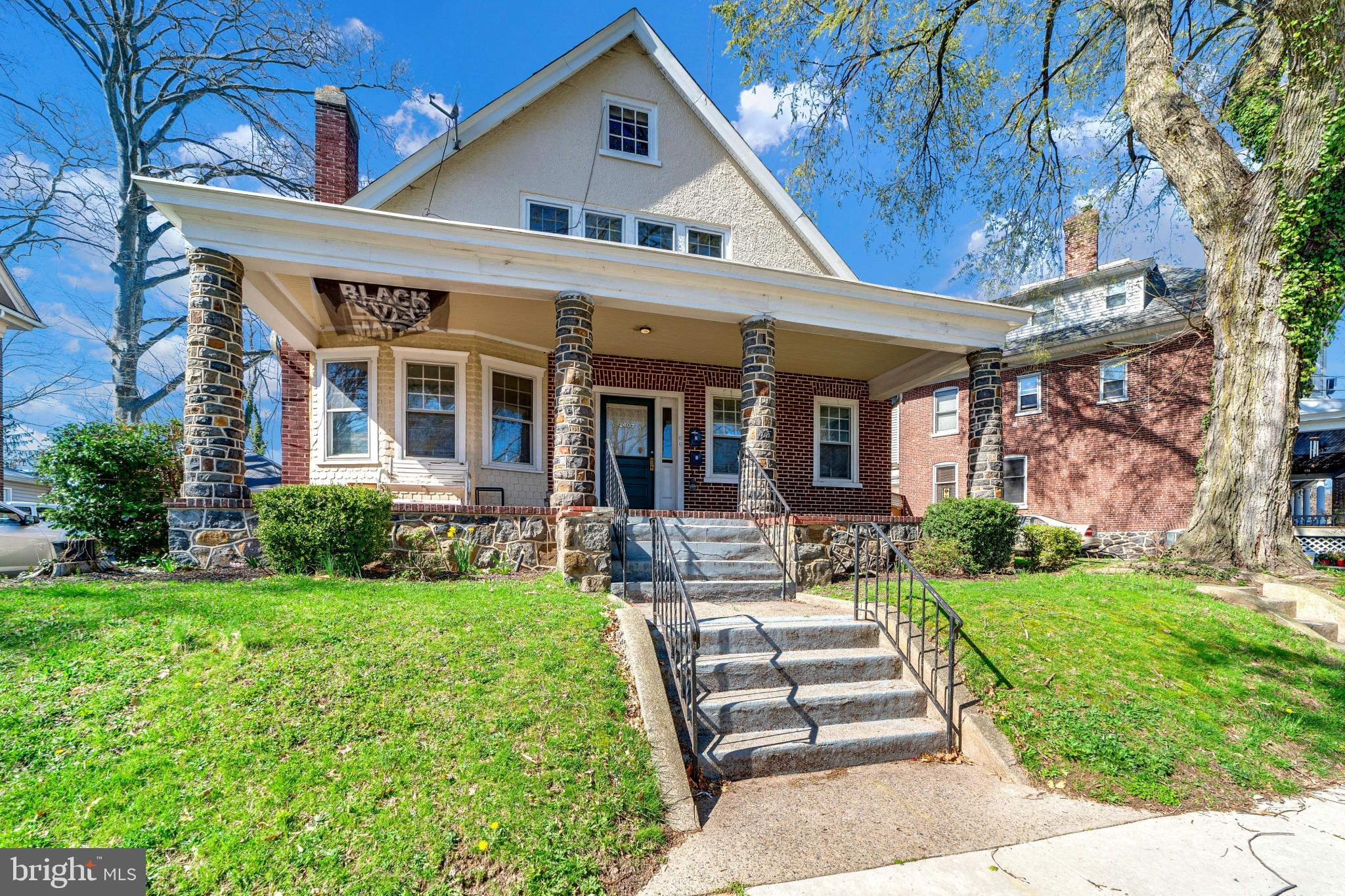 Welcome to 2607 N Franklin Street, an incredible investment opportunity with two 3 bedroom units and