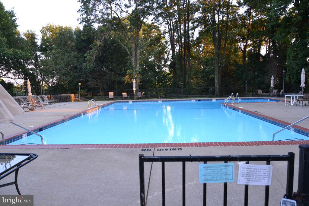 Paladin Club offers many amenities which include: indoor/outdoor swimming pool, tennis courts, indoo