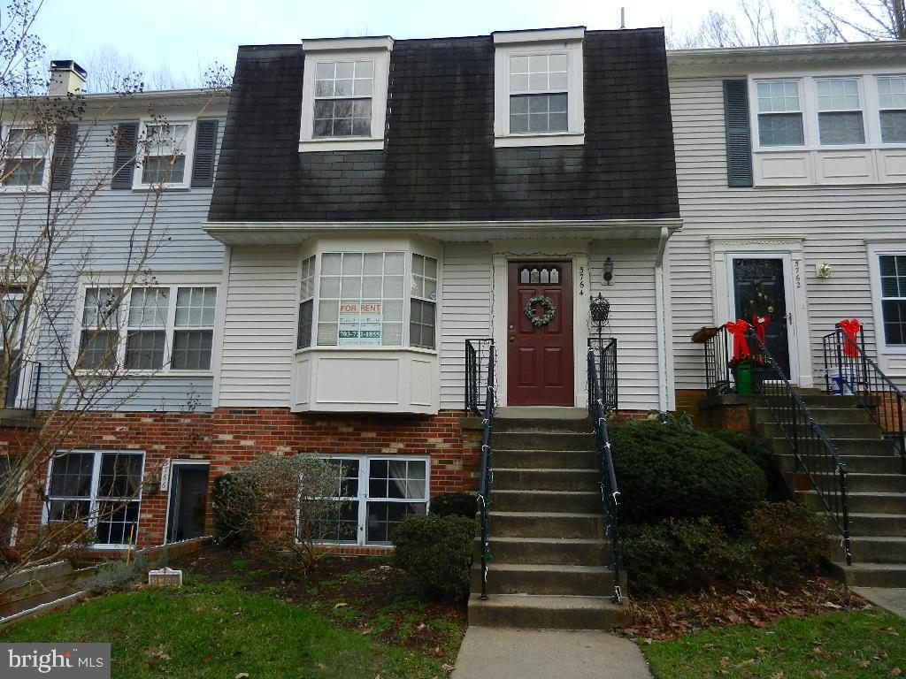 Perfect for first home or investment property. Pictures are of the home vacant, but tenant is in pro