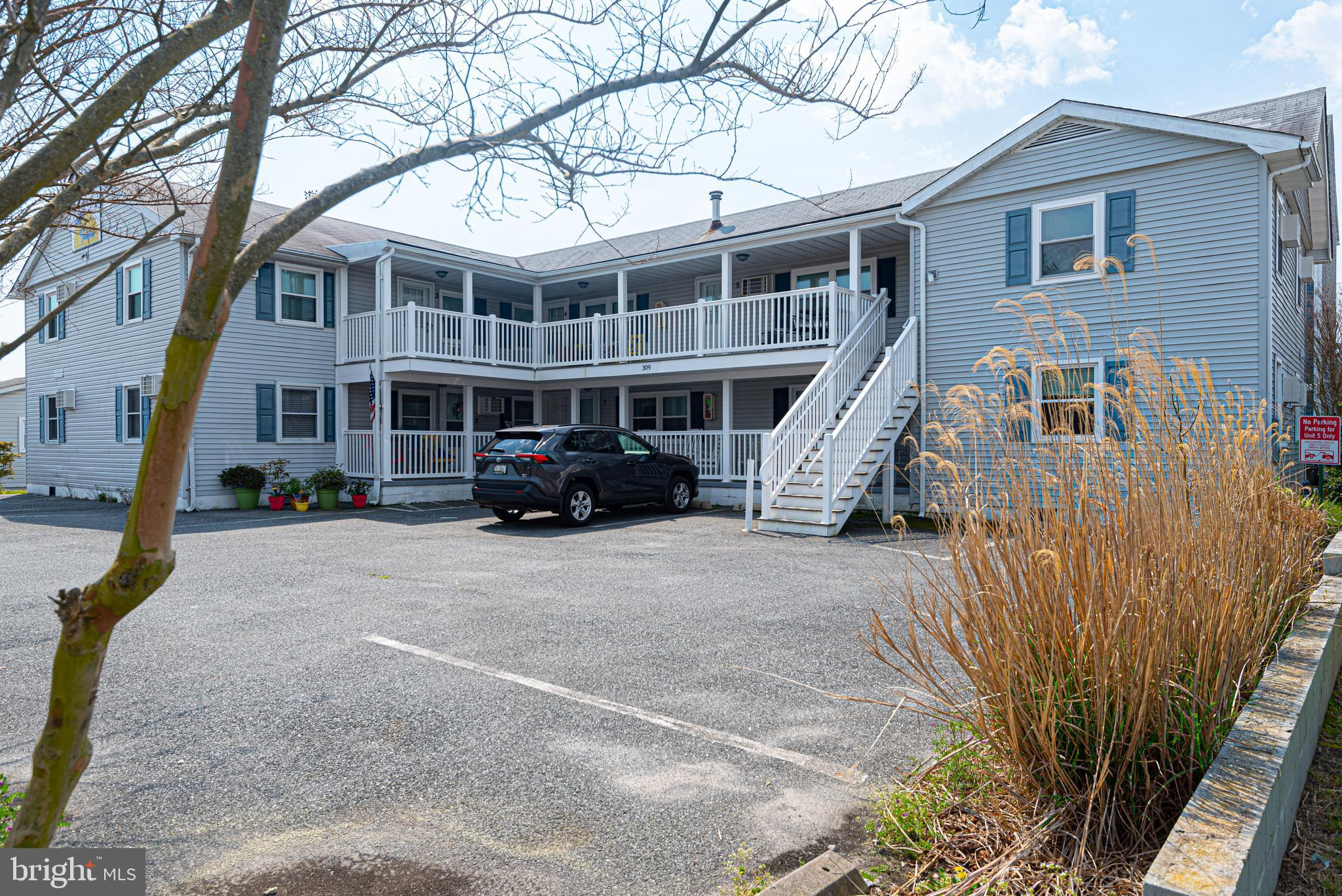 Beautifully furnished and ready to move in! An outstanding location - close to beach and bay! A short minute stroll to fish or enjoy the sunset. Convenient to restaurants, entertainment and shopping.  This well maintained 2 bed/1 bath is spacious and has many new and upgraded furnishings, to include a new deck 2018, new carpeting 2018, new windows 2019, new upgraded bathroom and walk-in shower in summer 2019,  new washer and dryer 2020, and beautiful top-quality furnishings.  It has never been rented.  Start making your memories now! Now is the time to Invest In The Beach Lifestyle?