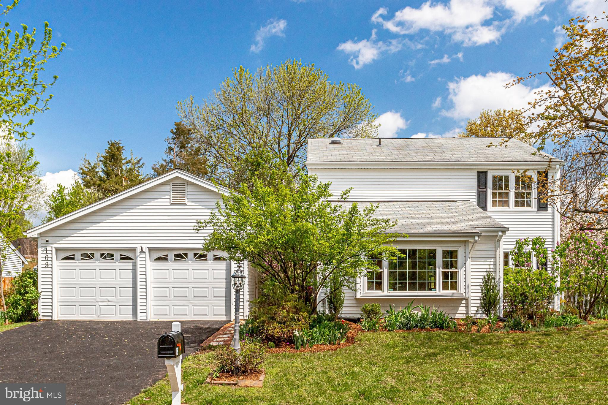 EXCITING NEW LISTING & FIRST OPEN HOUSE, SATURDAY, 4/17 FROM 2-4PM.  Beautifully presented 2-level h