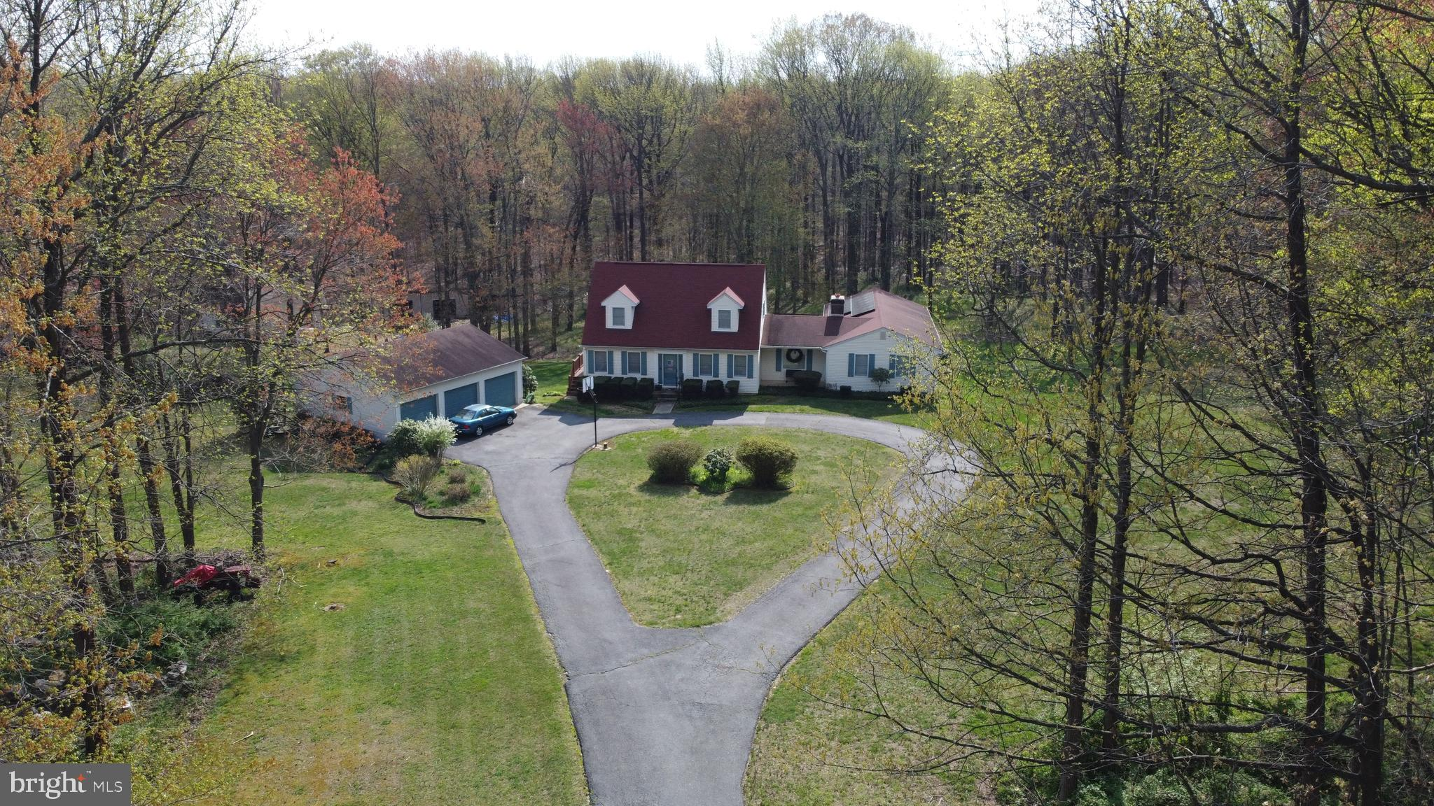 Nature at it's finest!!! Don't miss this opportunity to own a secluded 5 bedroom, 3 bath Cape Cod on