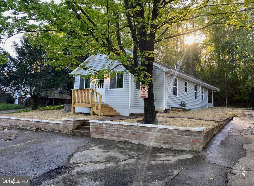 Conveniently located single family home a few steps from Quantico Base, I-95 and Route 1. Three bedrooms + 2 full bath. Many upgrades have been made recently. New flooring, new baths, new kitchen, new siding. No HOA.  Large driveway to accommodate 6+ cars.