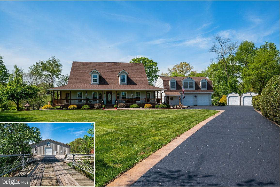 Now's your chance!   Dream property with unlimited potential in the heart of Davidsonville!  A rare