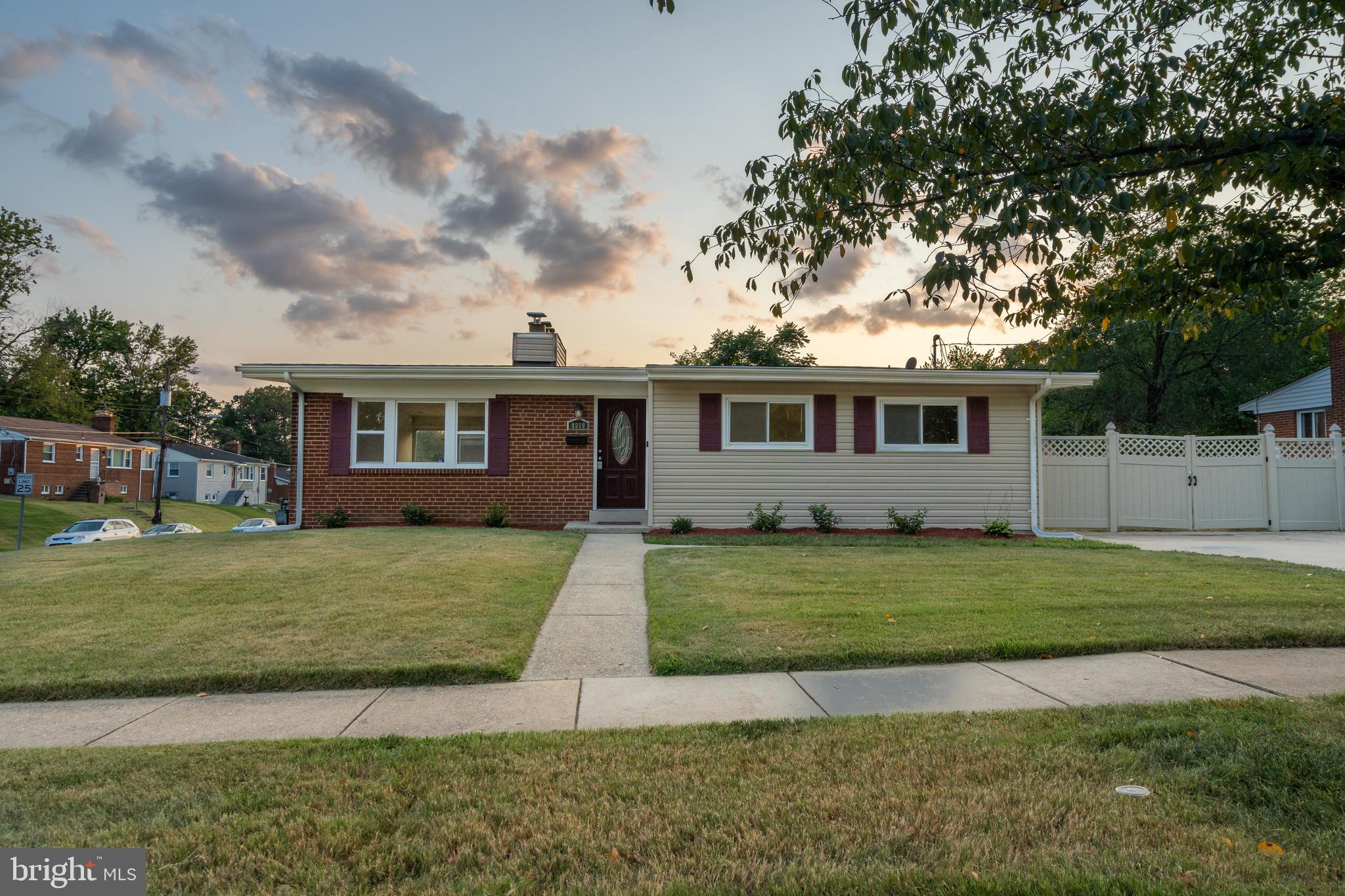 MASTERPIECE!!! Huge corner lot * Complete makeover done in this 5-bedroom 2-bathroom house with a dr
