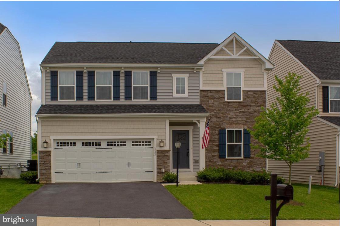 Limited listing-Contact 806-349-3000 for all showings, questions and offers.  Like new 4 bedroom, 2.