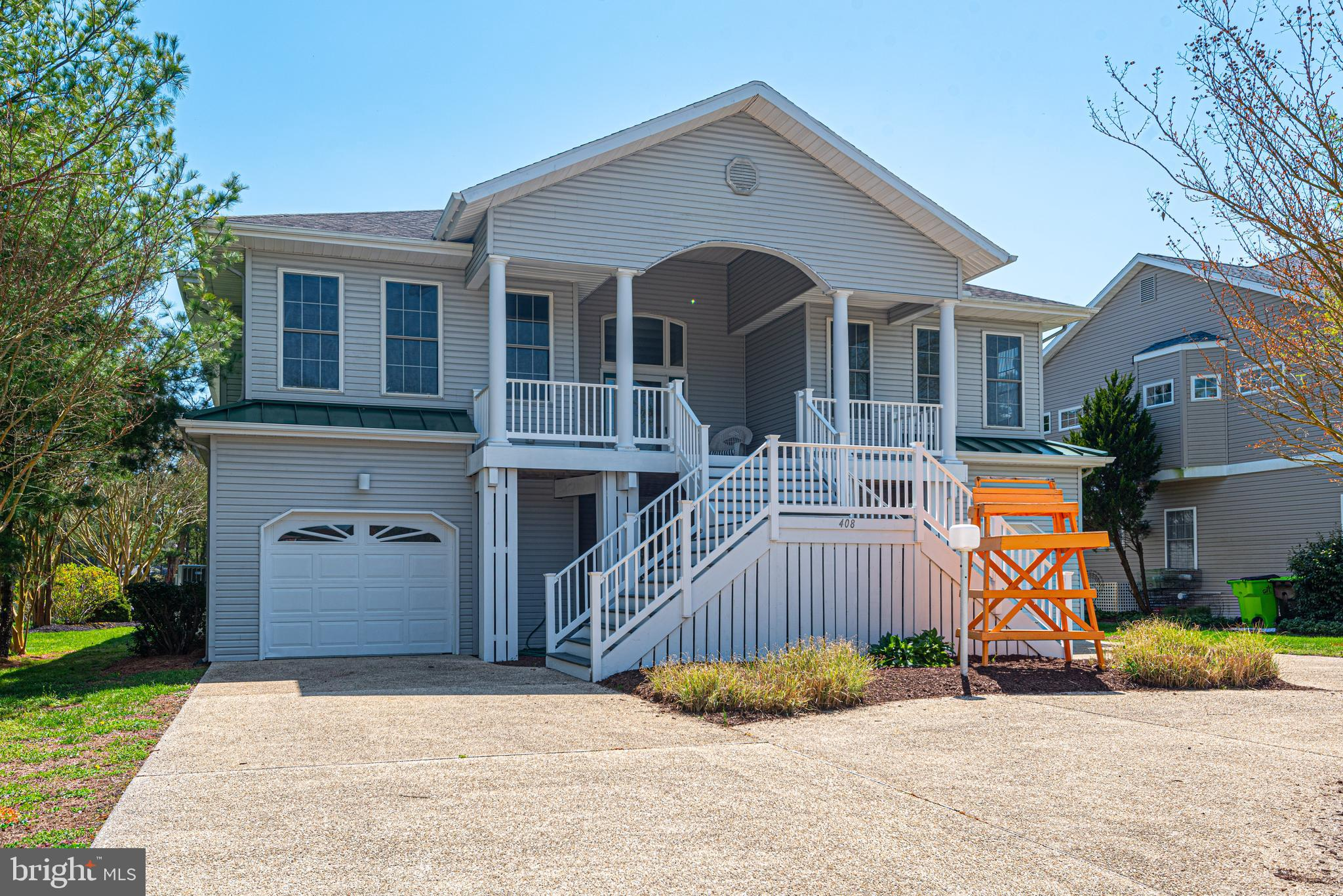 WOW! A canal front home with views of Lake Bethany located in the popular community of Salt Pond!!