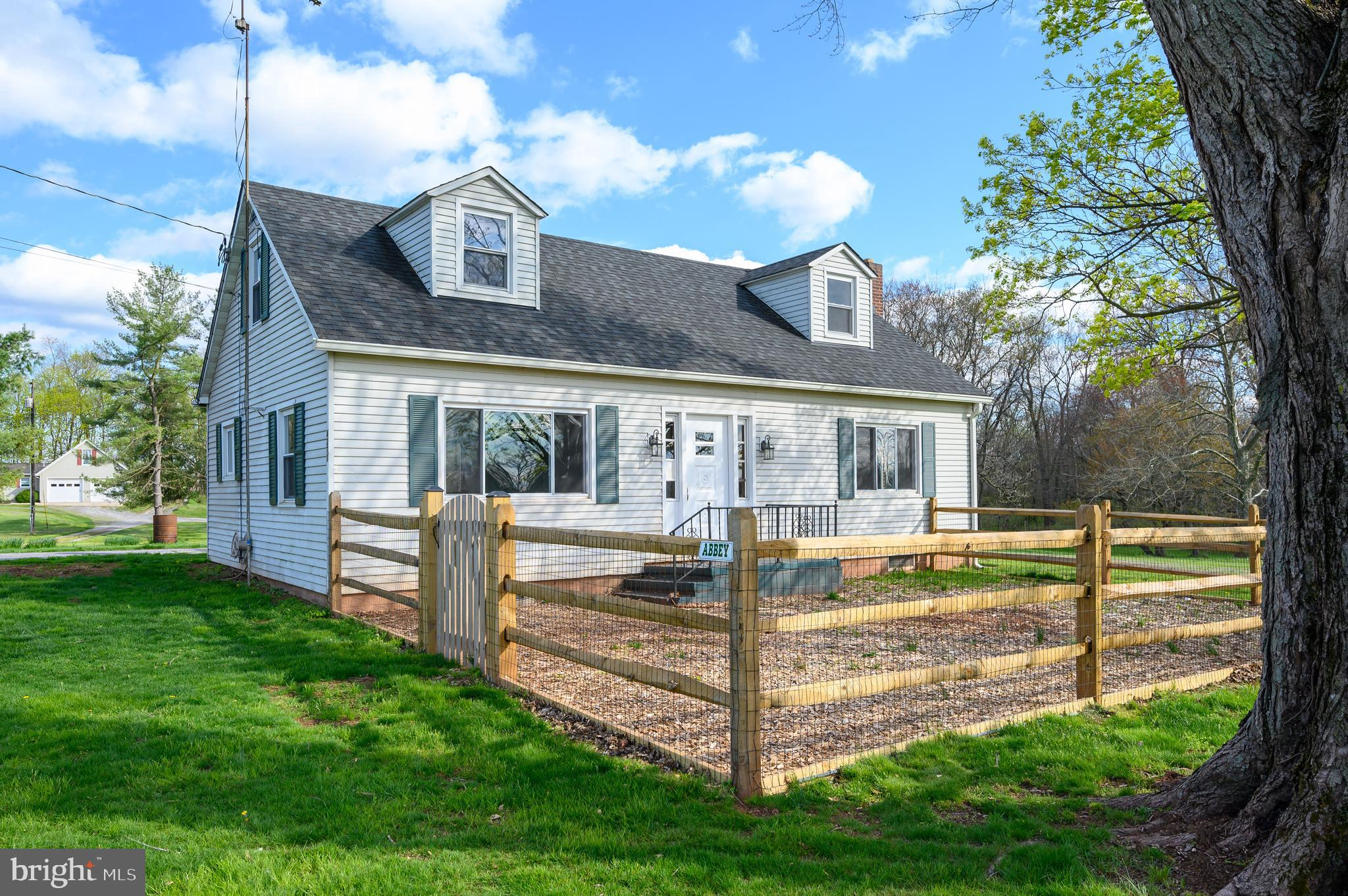 Don't let this gem slip away! Peaceful 3/4 acre waiting for your touch.