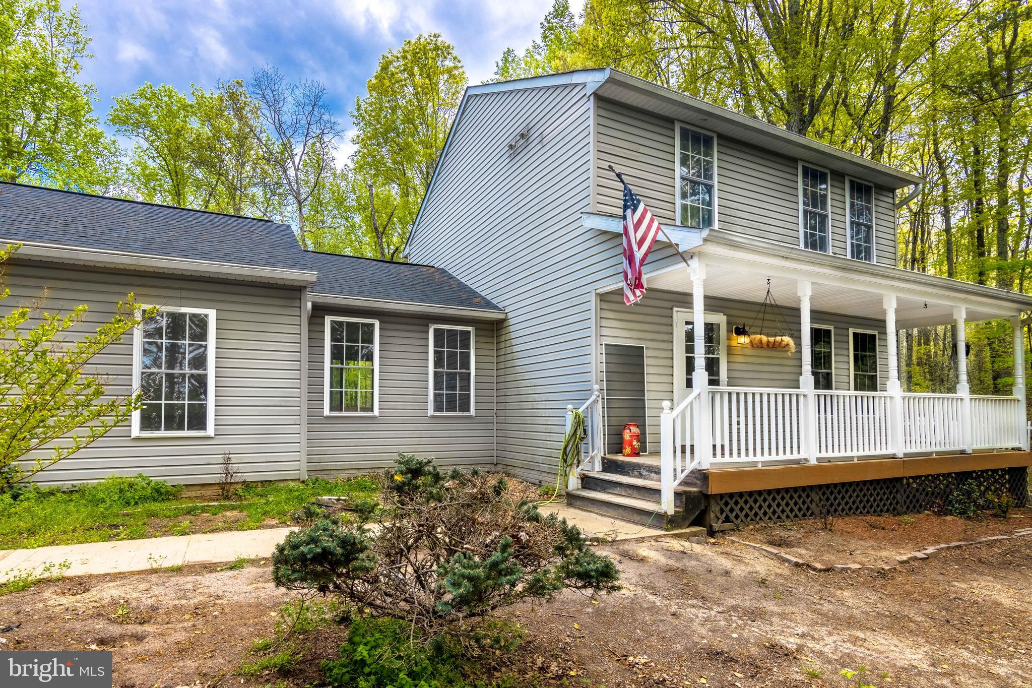 Charming 3 level property on over an acre in Stafford.  Minutes from I95 and front gate at Quantico.