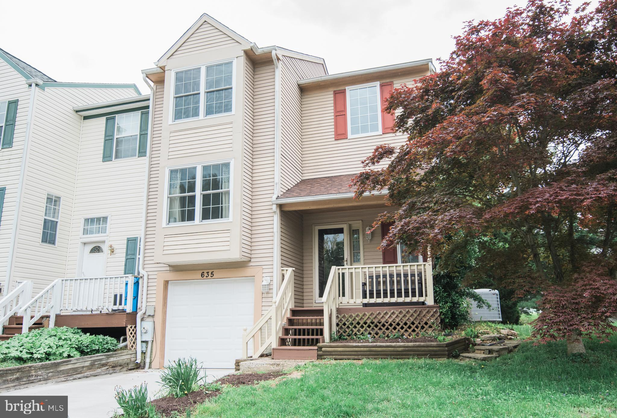 *** Multiple offers received, Seller will review all offers Monday, May 10th  at 3PM*** This beautiful End of Group Townhome in sought after Fountain Glen WITH a garage is the best of both worlds. This home features a split entry foyer with lots of sunlight throughout. Moving through the house you will find three nice size bedrooms, 2 full and one half recently updated baths, replacement windows, updated kitchen and all new flooring which was upgraded this year.  Home was recently completely repainted and a newer roof which is only a few years old. The back yard offers privacy for outdoor living for those long weekends at home. This is a must see and won't last long. Schedule your showing asap!!