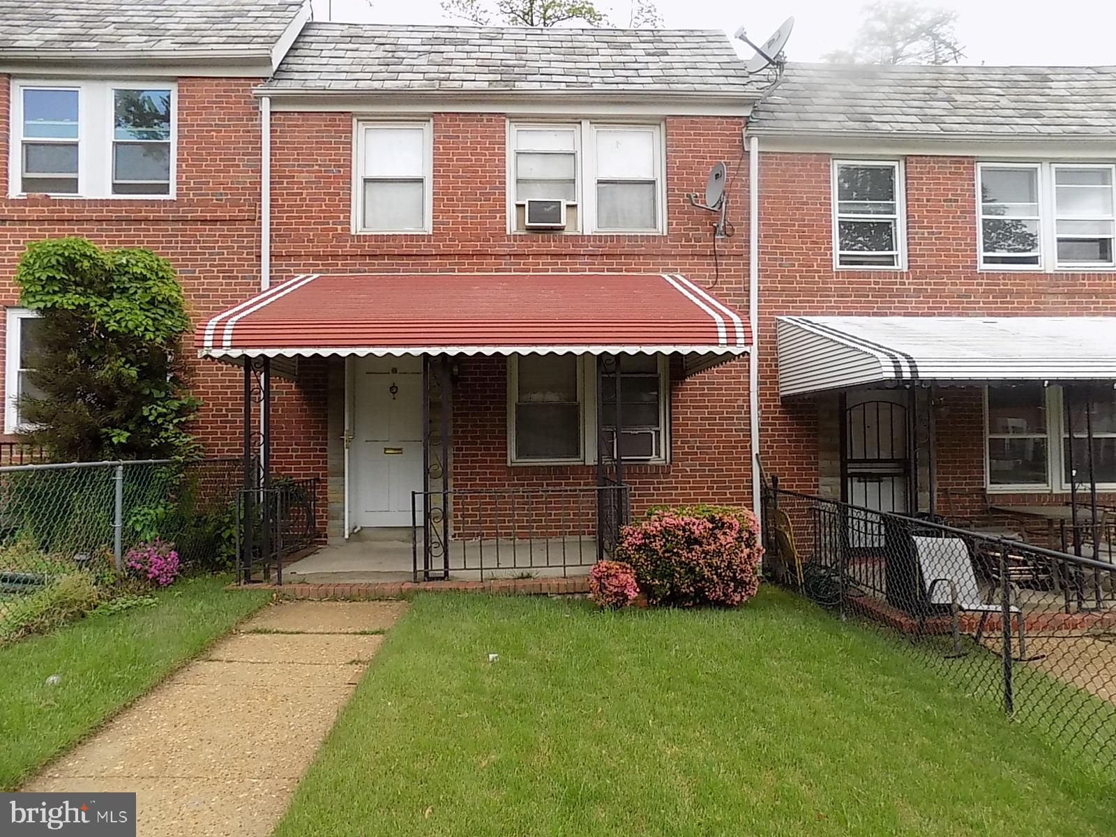 This is a beautiful well maintained home situated in the beautiful neighborhood of Norwood Heights.