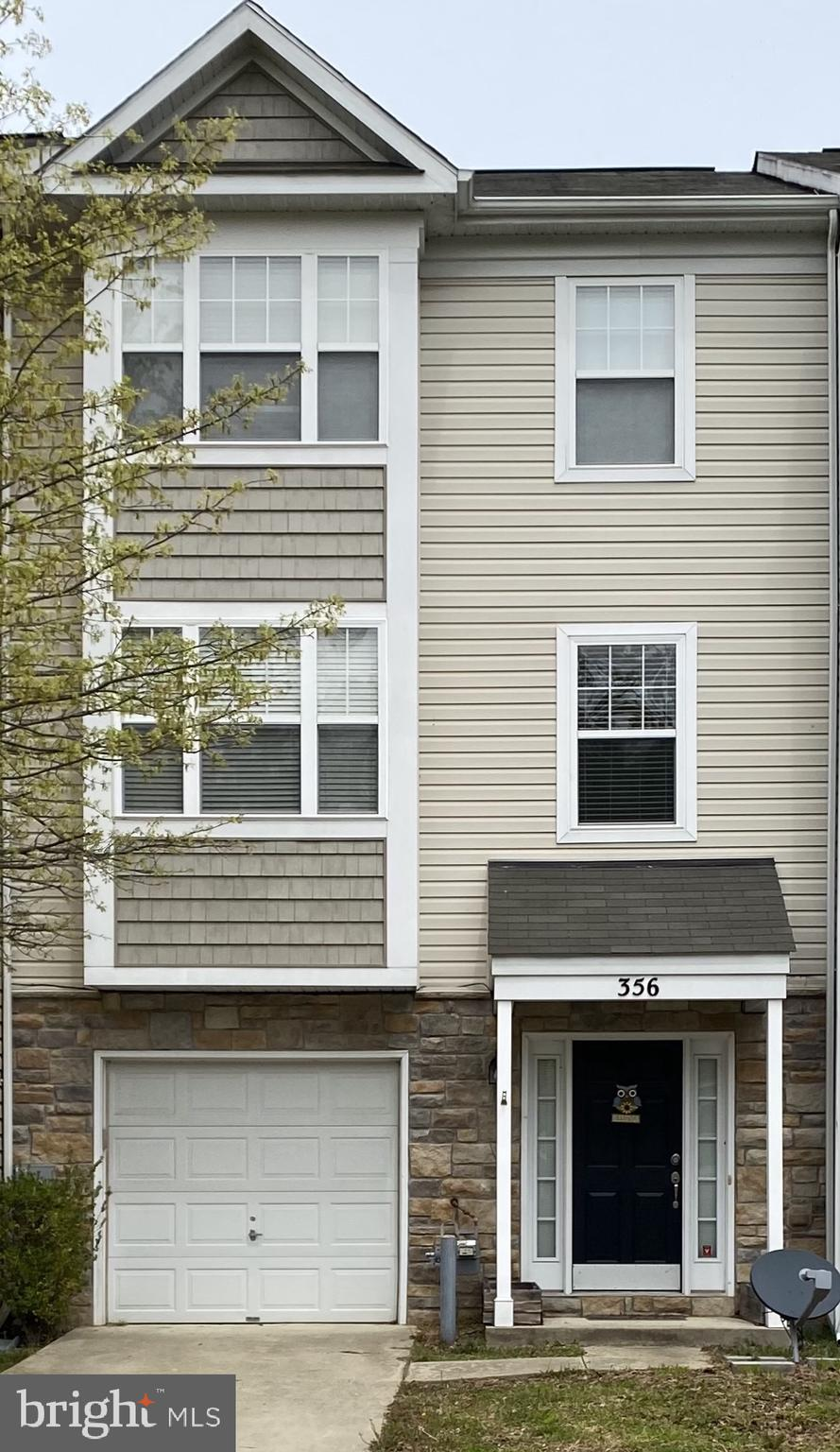 Beautiful Three-story town home in Oak Tree Landing. This beauty has three spacious levels with the