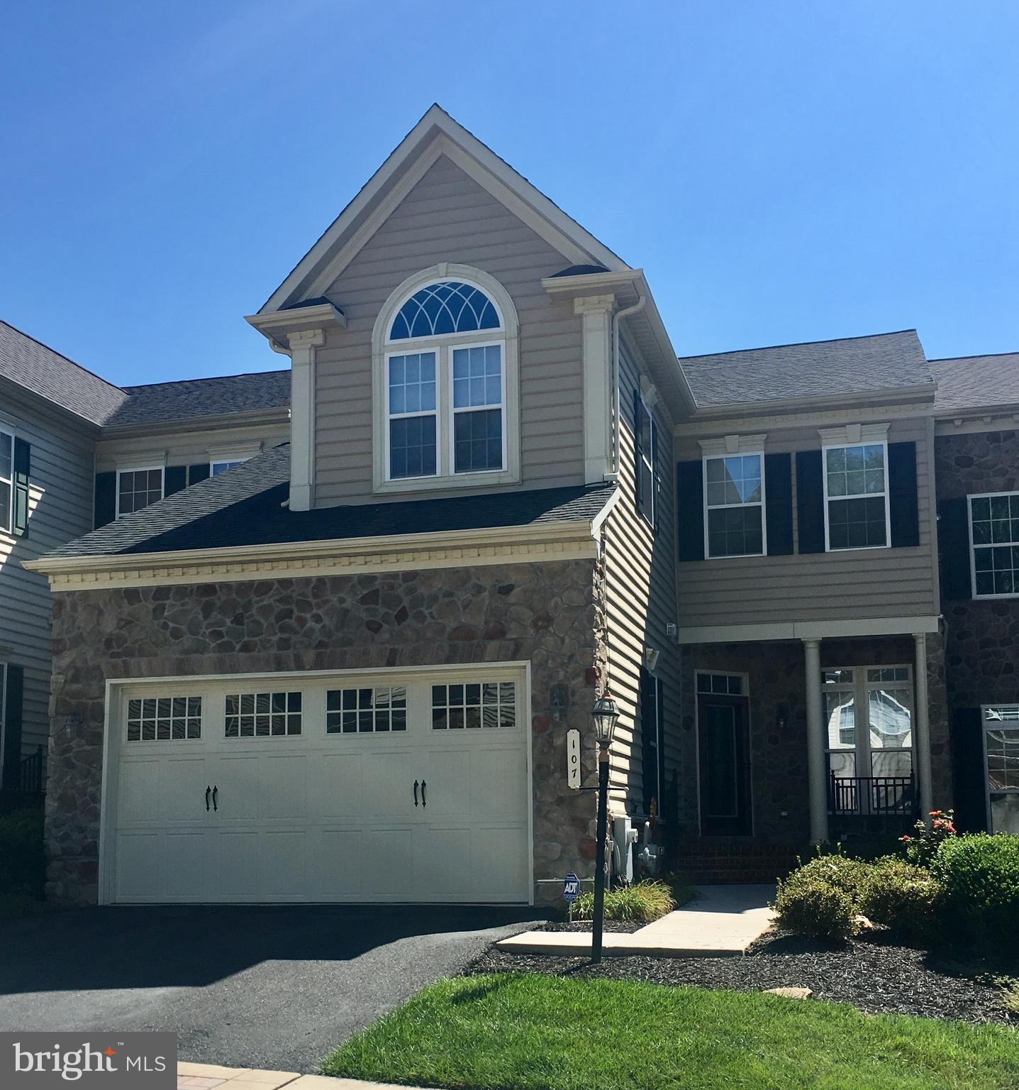 3974 +/- FINISHED SQ FT OF LIVING SPACE WITH ROOM TO EXPAND IN THIS BEAUTIFULLY MAINTAINED BULLE ROC