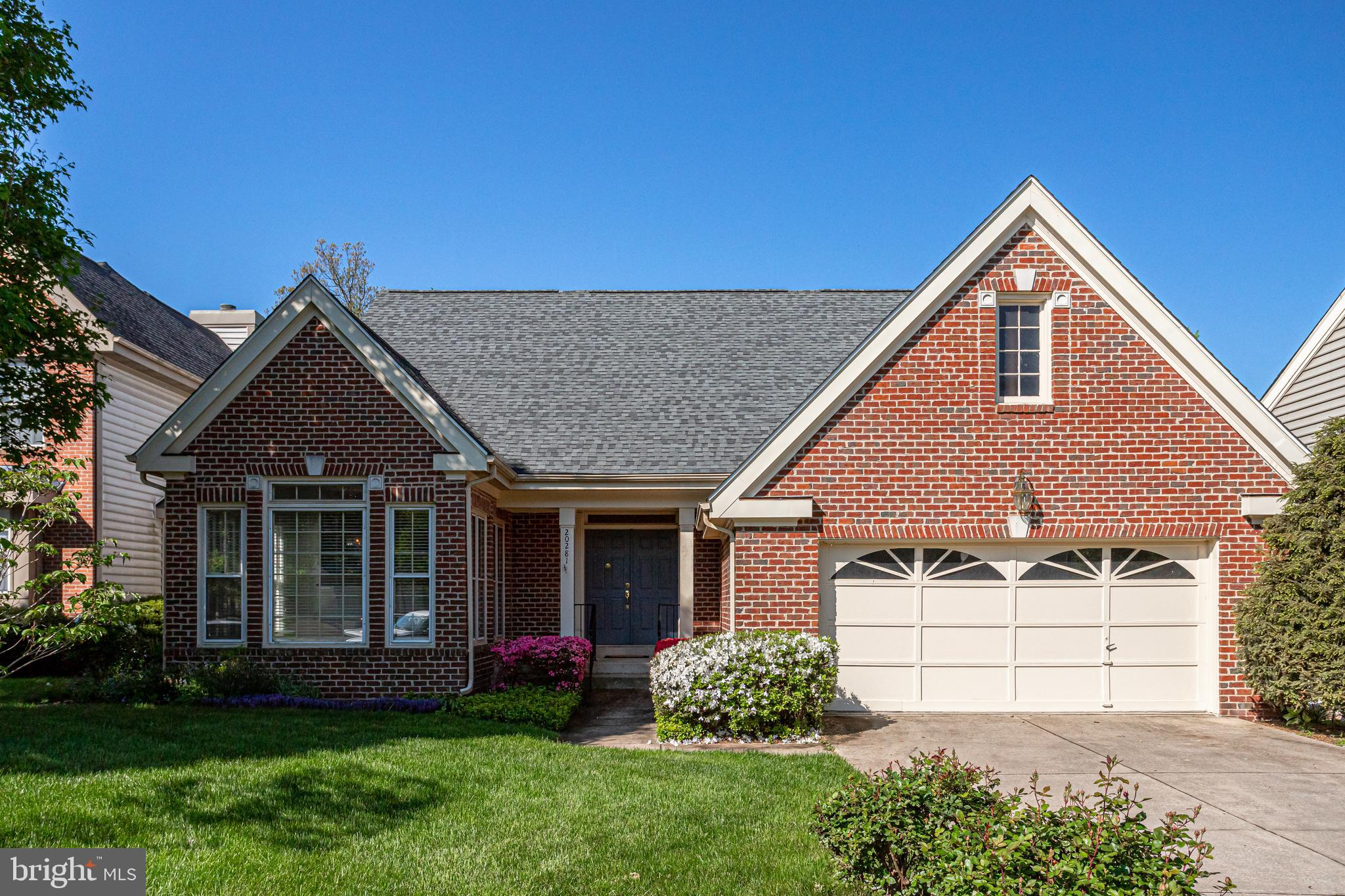 Welcome Home! This Move-in ready home in the desirable Ashburn Village community sits on a quiet cul