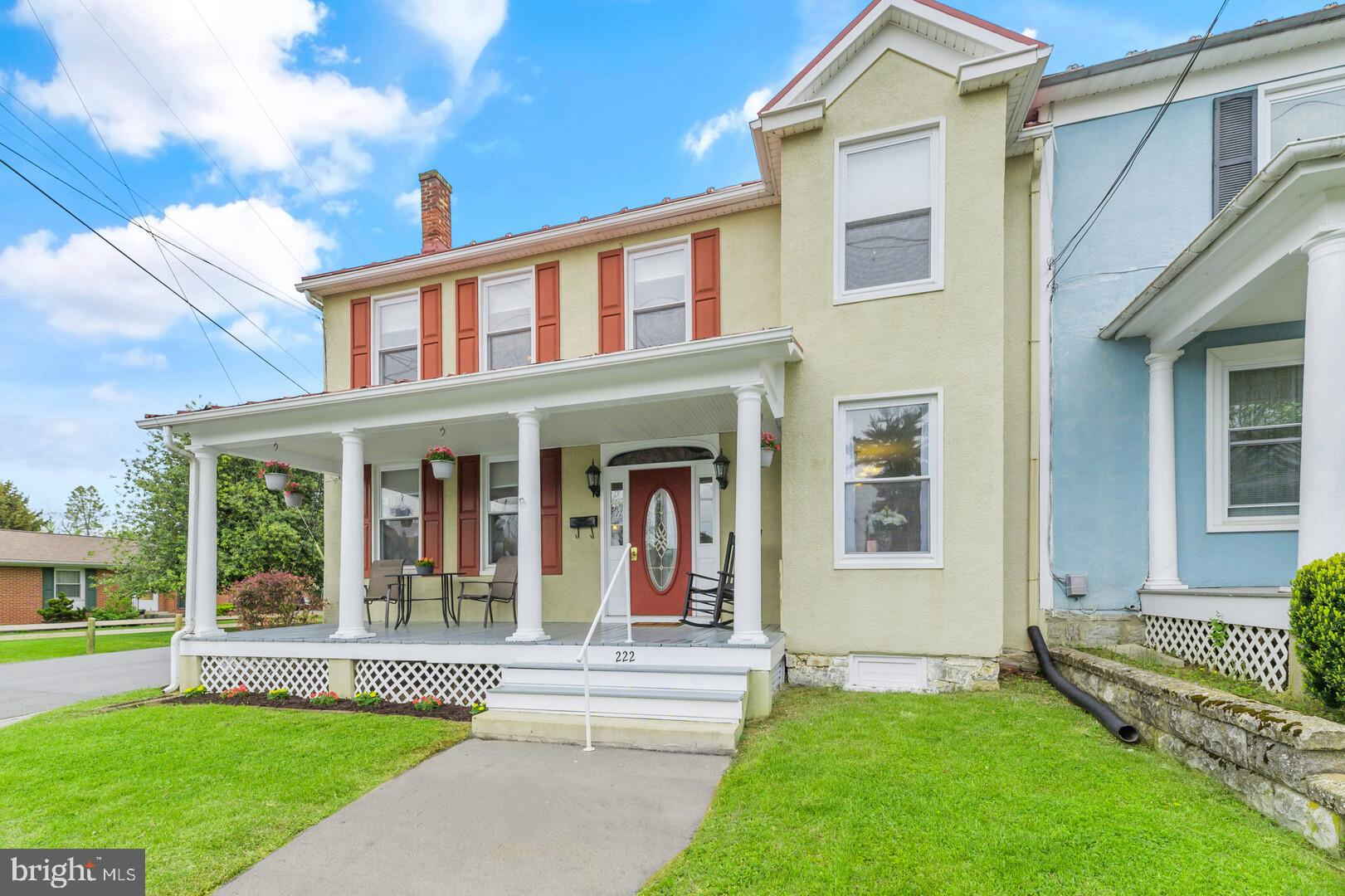 OPEN HOUSE, Sunday, May 16th from 1:00pm-3:00pm! Now is your chance to own and live in your own piec